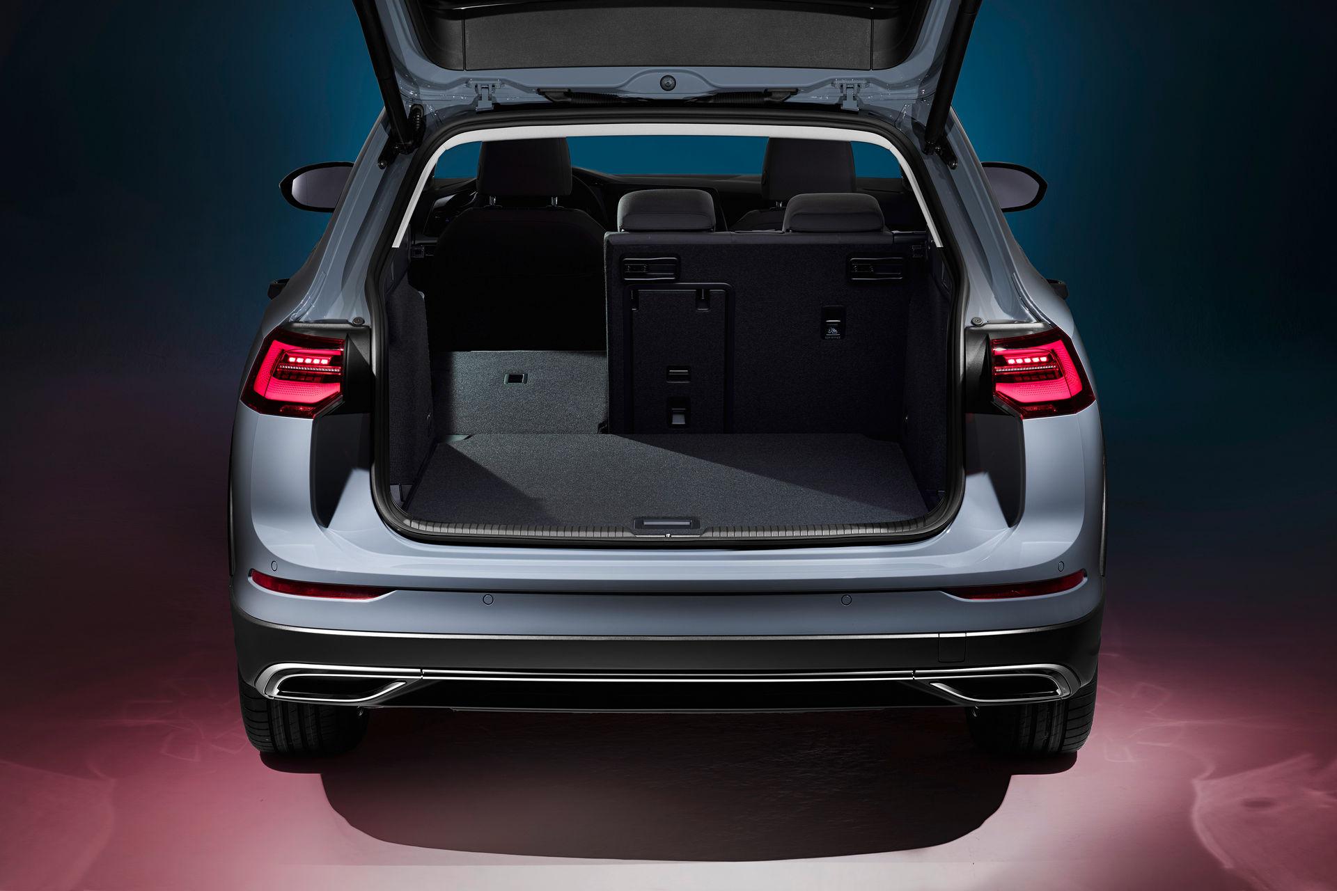 VW-Golf-Estate-And-Golf-Alltrack-8