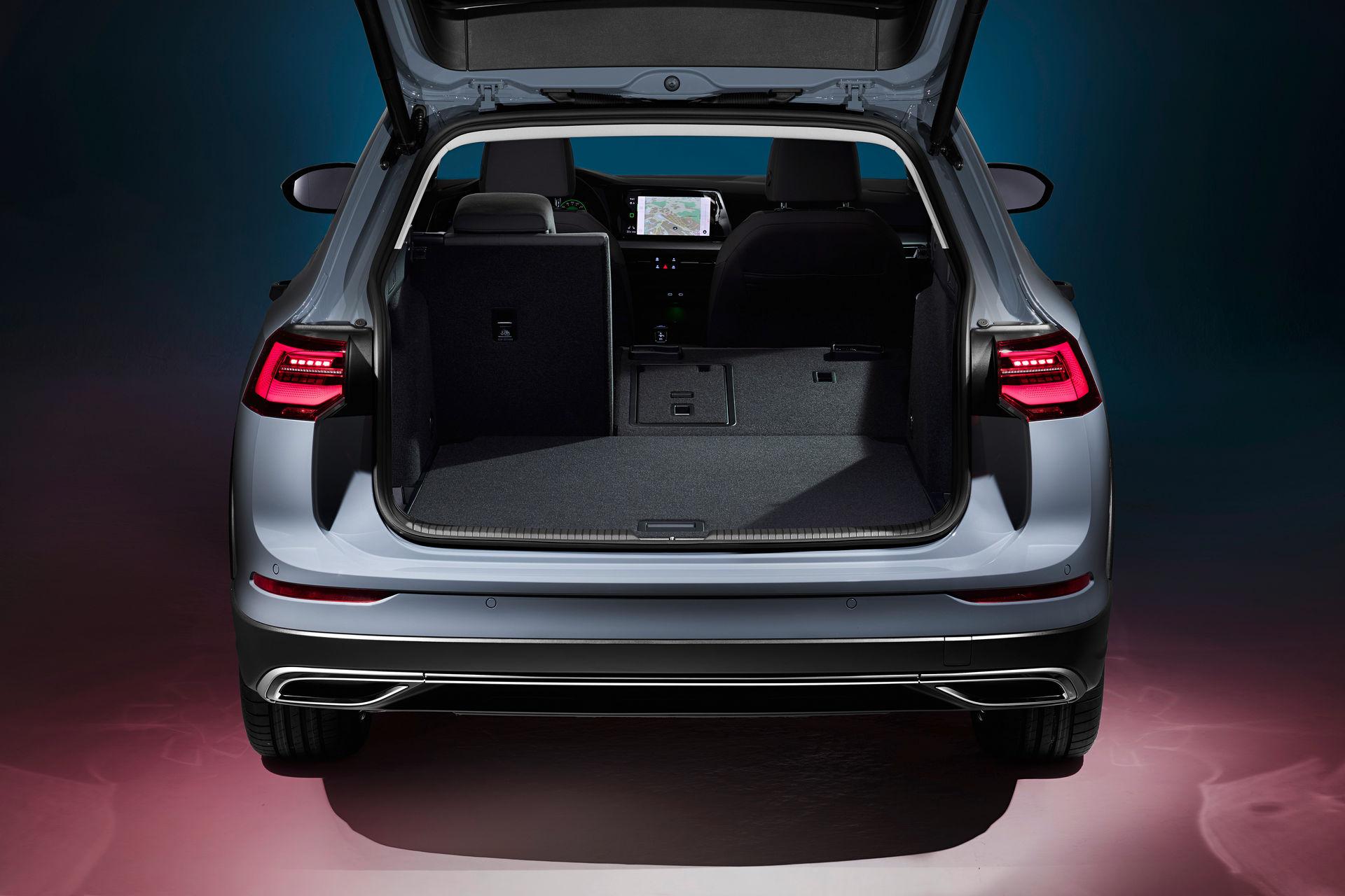 VW-Golf-Estate-And-Golf-Alltrack-9