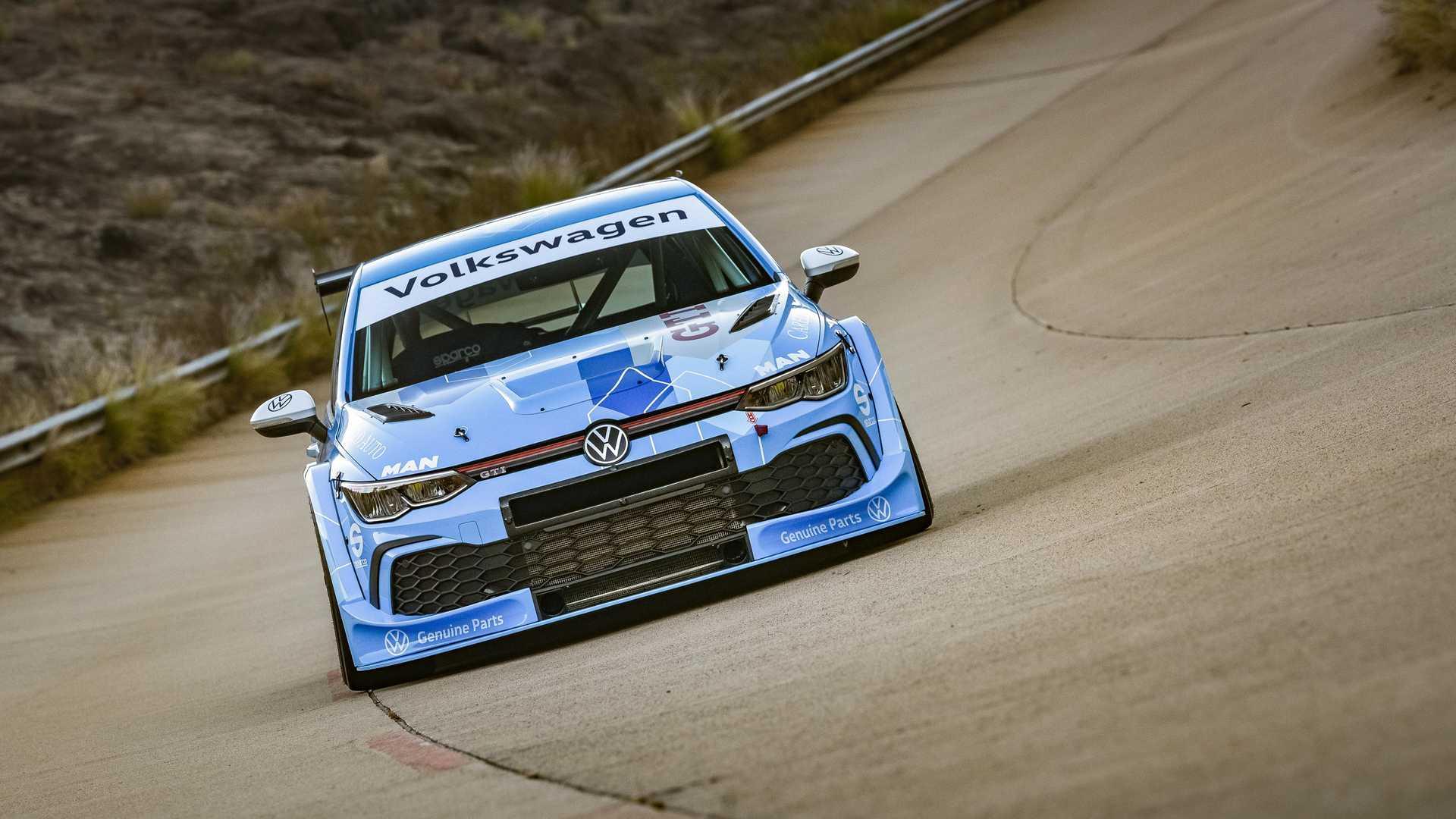 Volkswagen-GTI-GTC-Race-Car-6