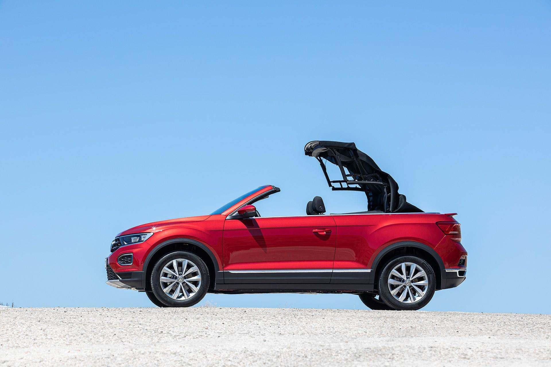 Volkswagen-T-Roc-Cabriolet-Greece-14