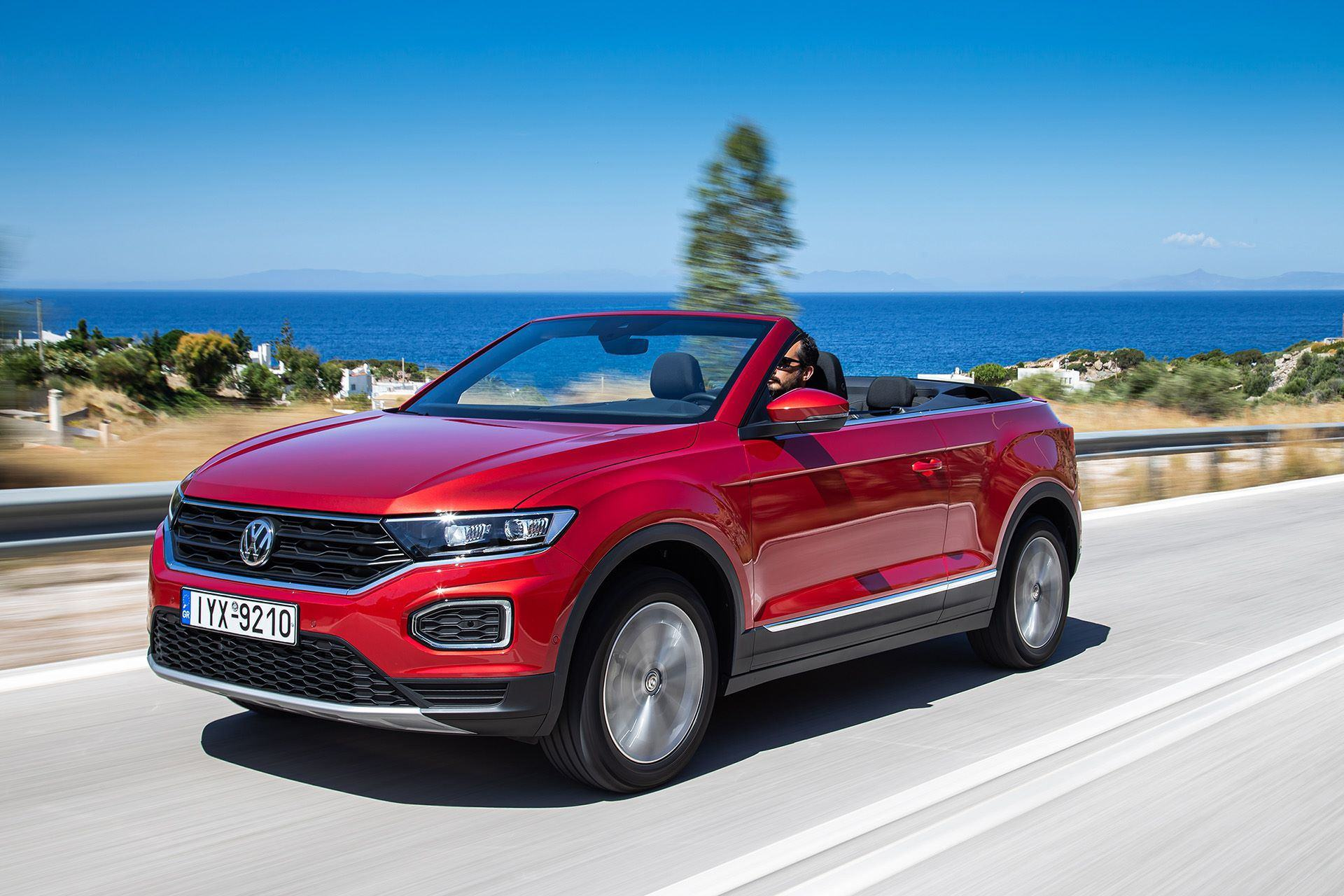 Volkswagen-T-Roc-Cabriolet-Greece-40