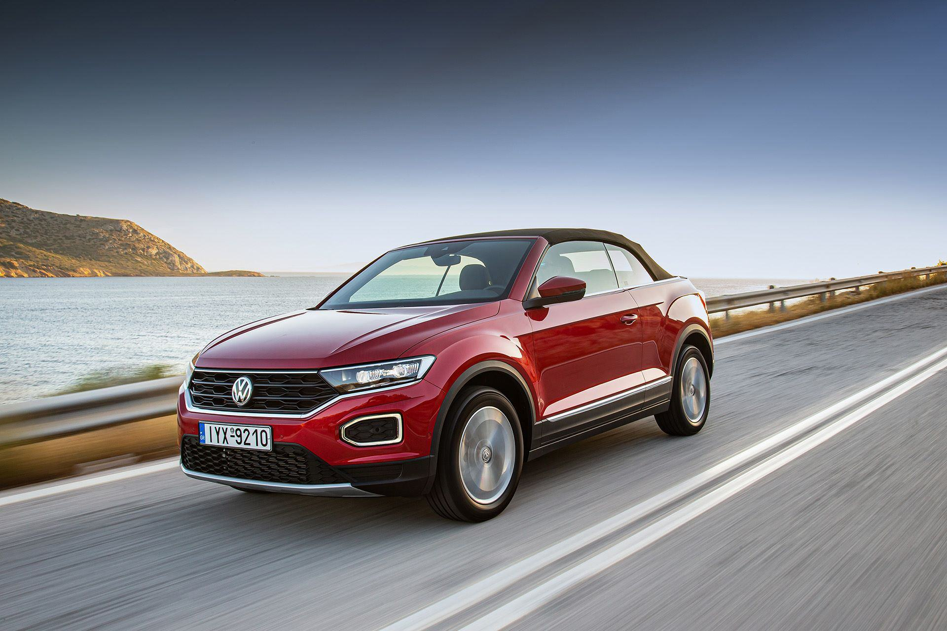 Volkswagen-T-Roc-Cabriolet-Greece-42