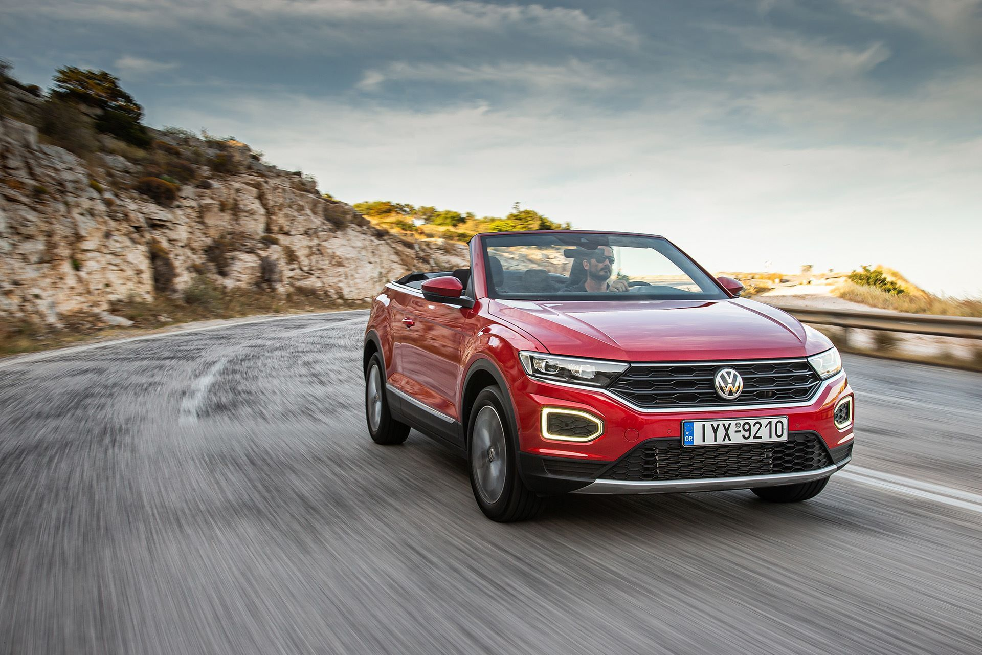 Volkswagen-T-Roc-Cabriolet-Greece-48