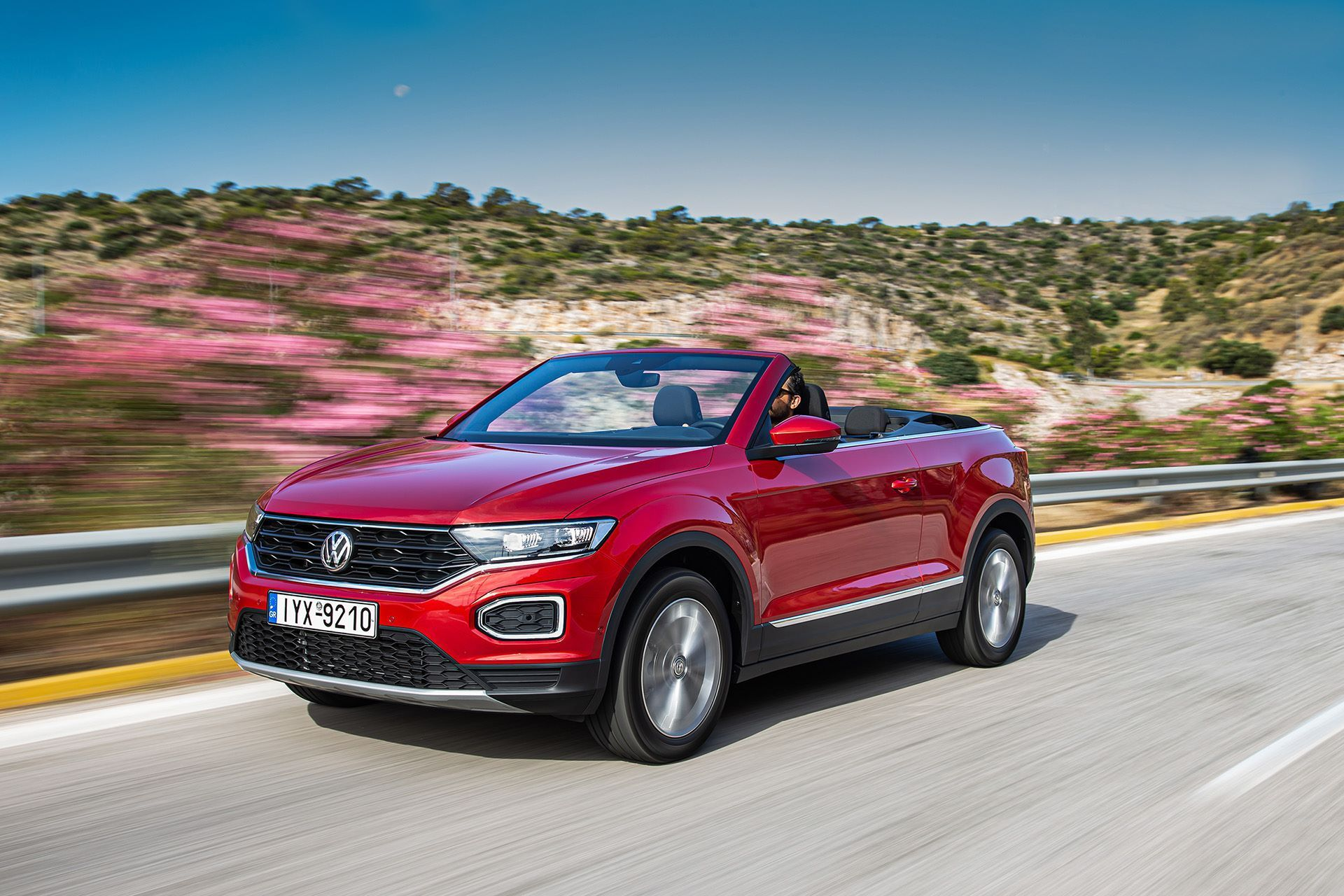 Volkswagen-T-Roc-Cabriolet-Greece-57