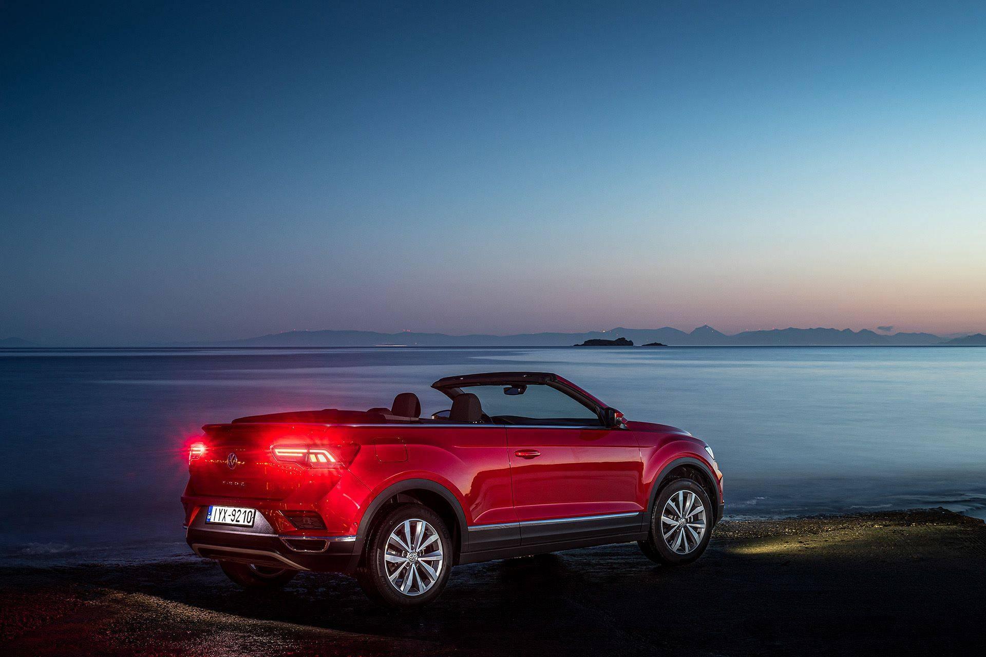 Volkswagen-T-Roc-Cabriolet-Greece-9