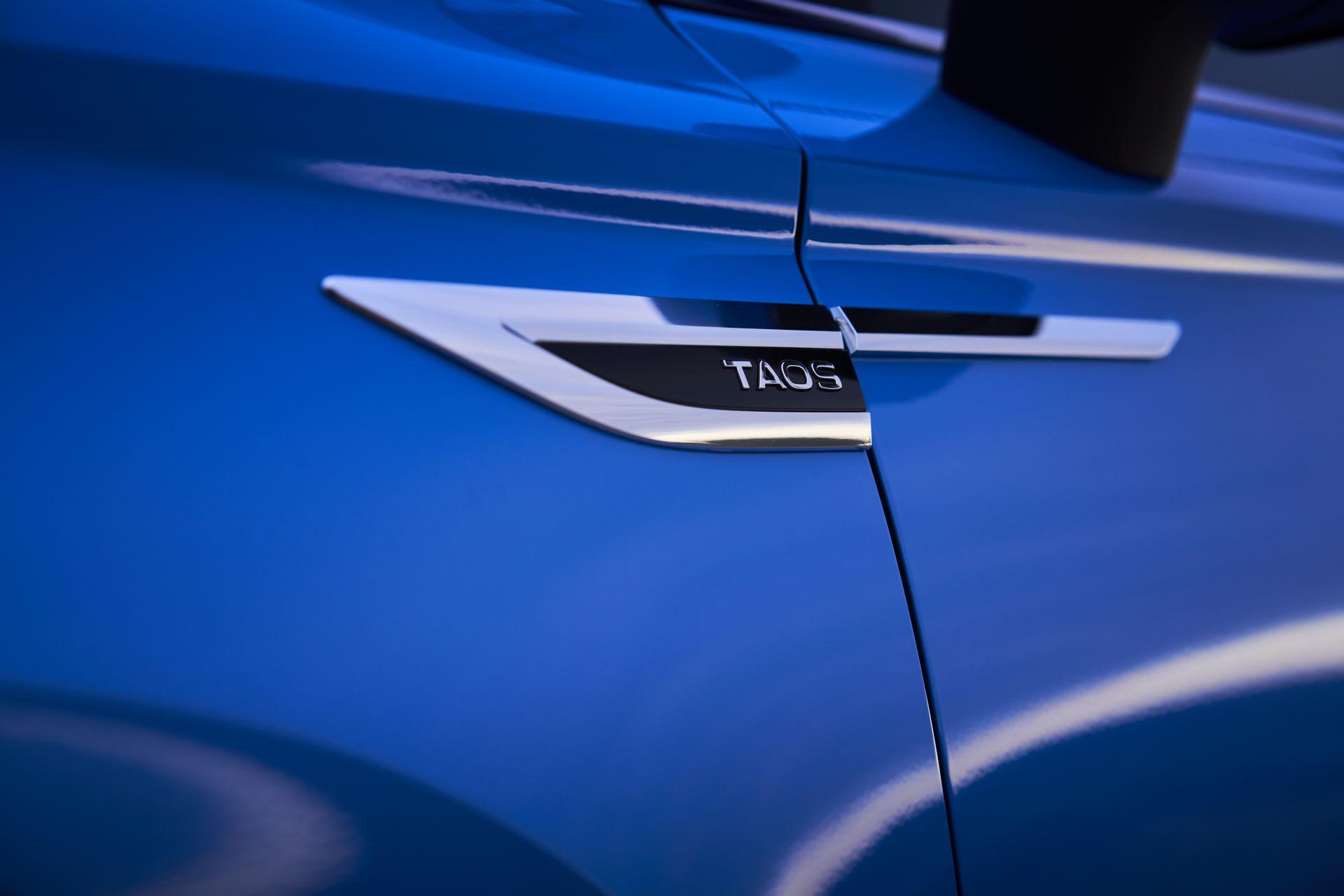 Volkswagen-Taos-2020-10
