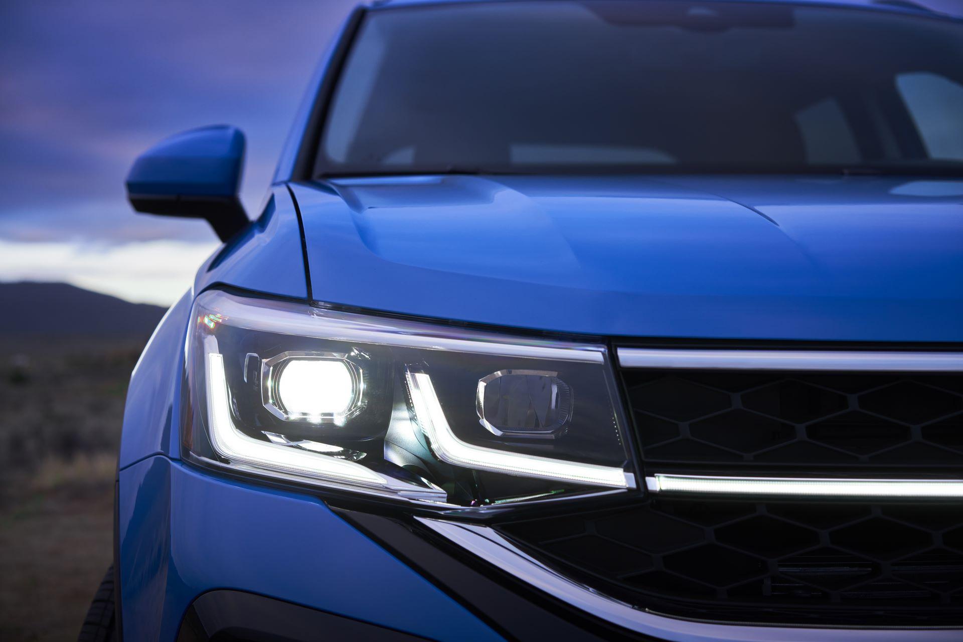Volkswagen-Taos-2020-12