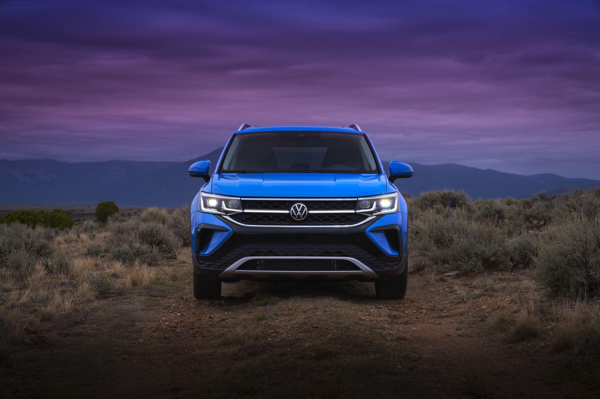 Volkswagen-Taos-2020-18