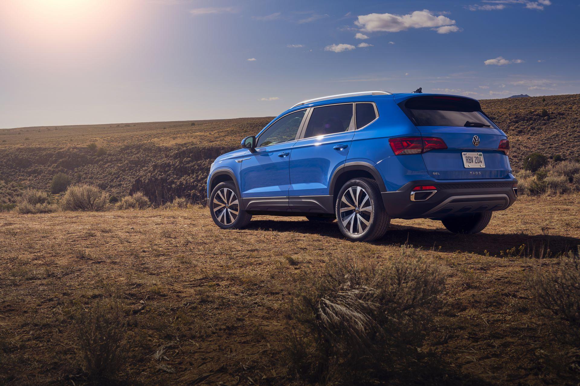 Volkswagen-Taos-2020-20