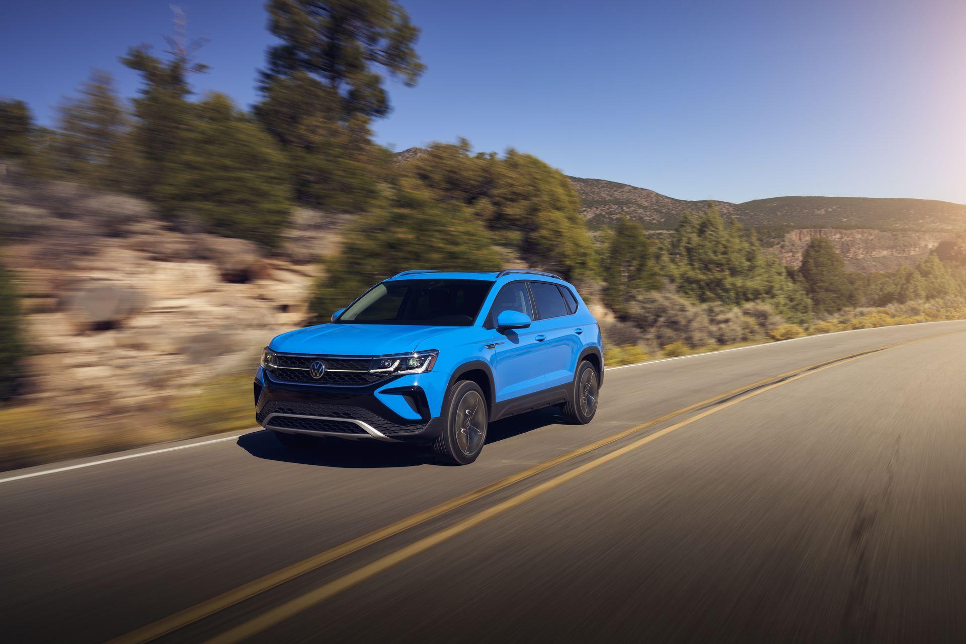 Volkswagen-Taos-2020-3