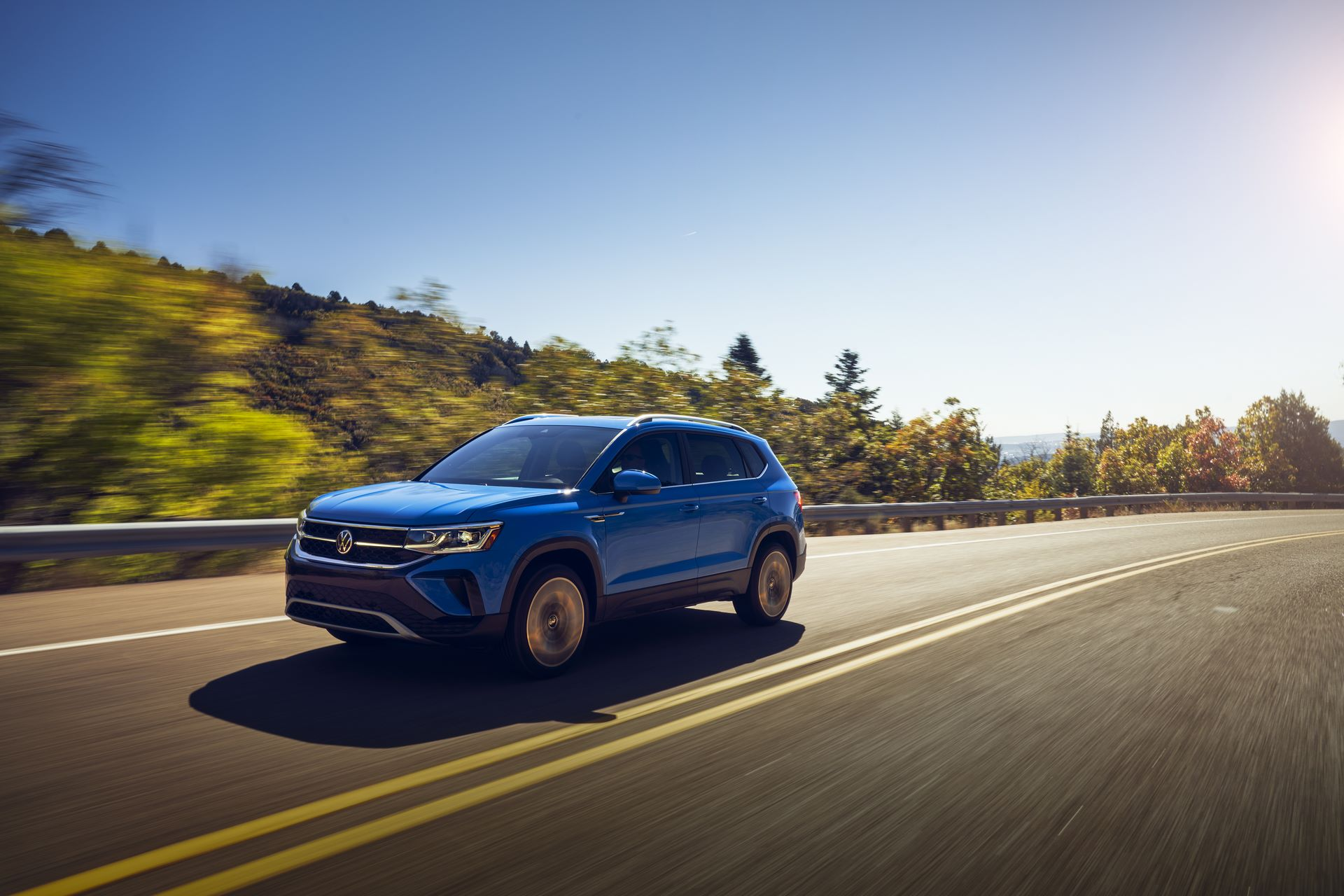 Volkswagen-Taos-2020-5