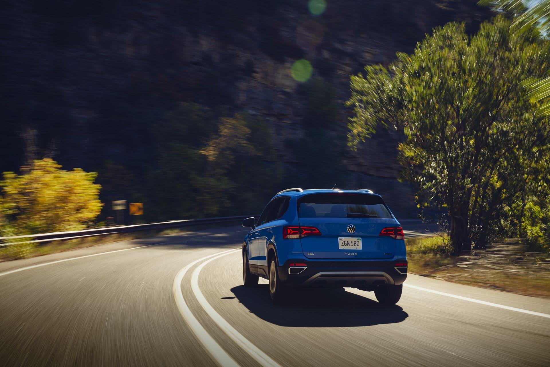 Volkswagen-Taos-2020-6