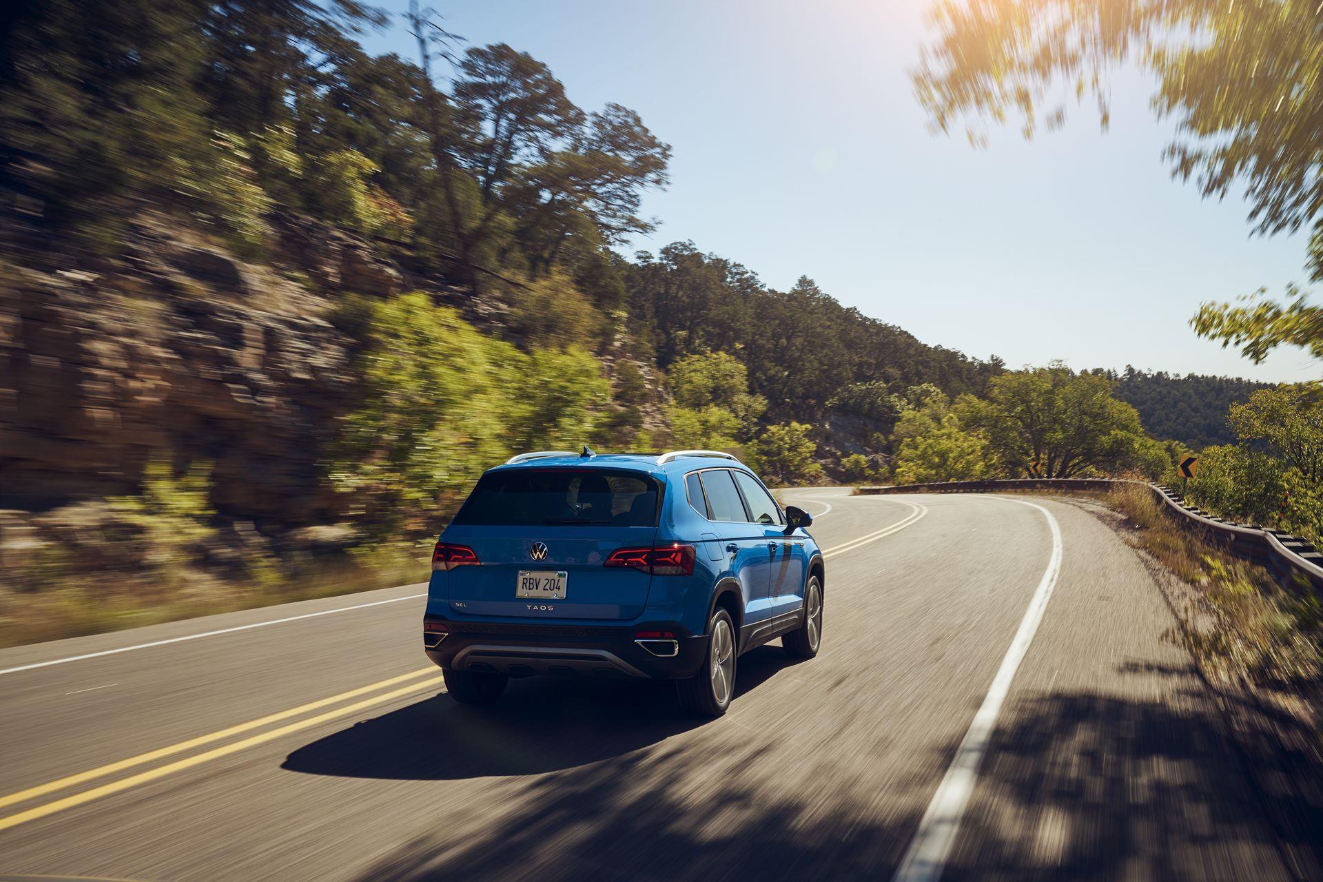 Volkswagen-Taos-2020-8