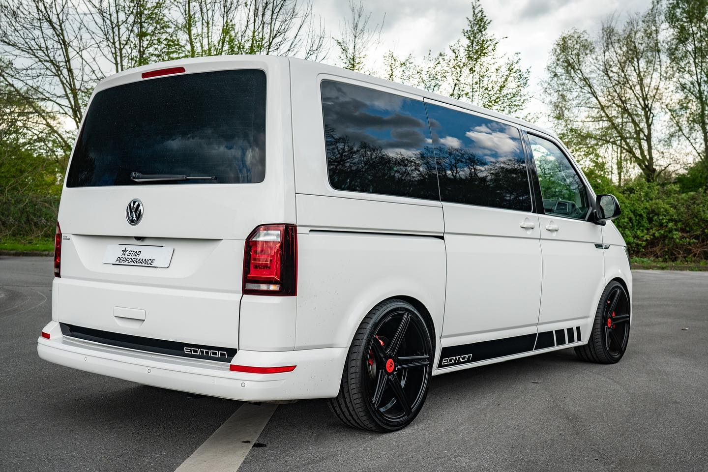 Volkswagen-Transporter-T6-by-Star-Performance-3