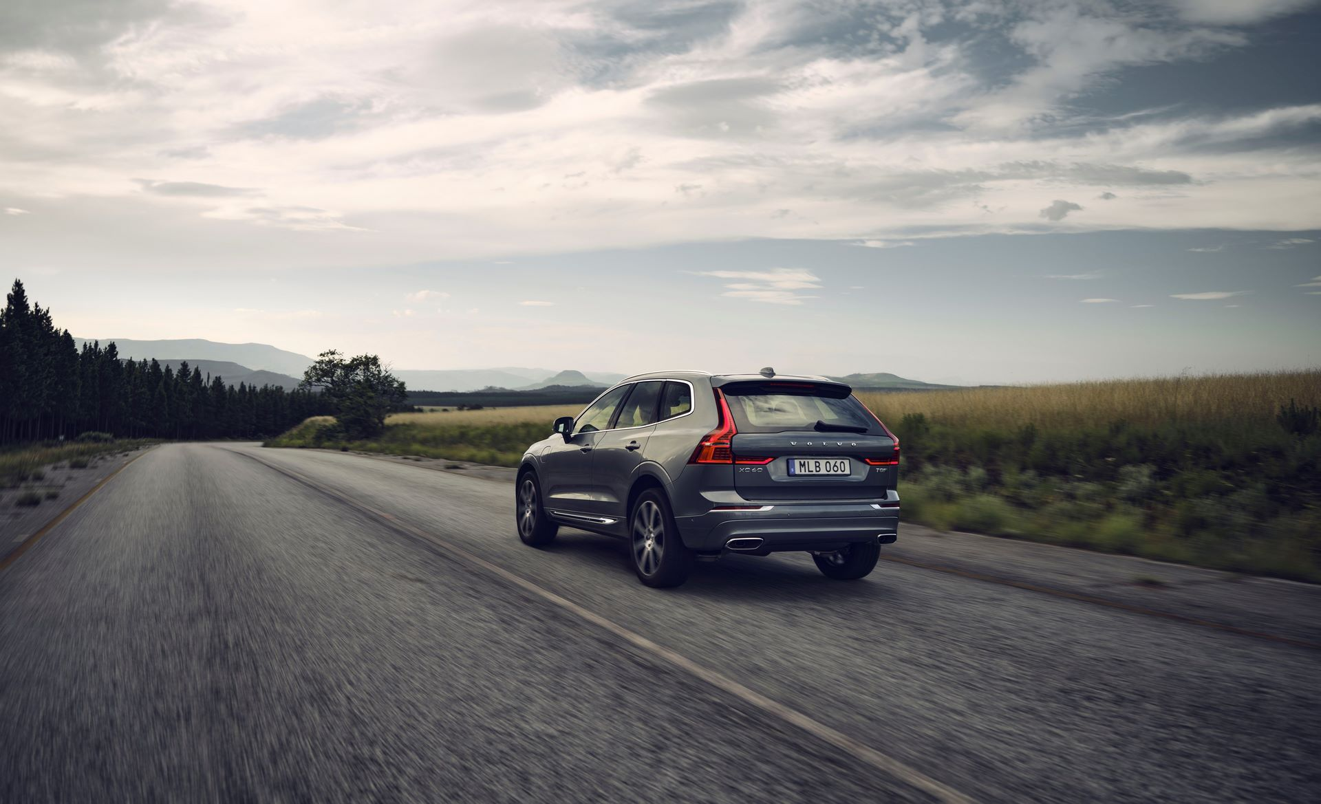 The refreshed Volvo XC60 T8 AWD in Osmium Grey metallic