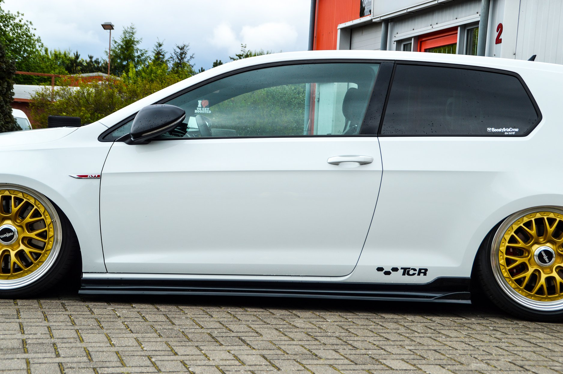 VW-Golf-7-GTI-TCR-by-Ingo-Noak-Tuning-11