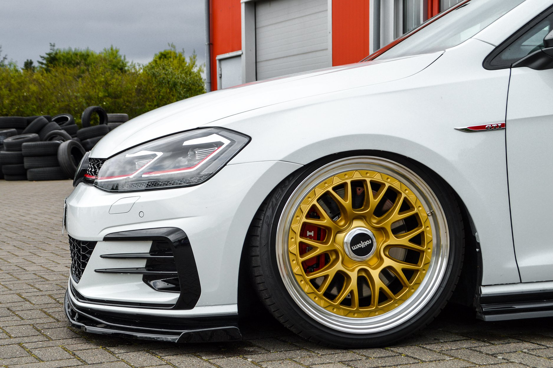 VW-Golf-7-GTI-TCR-by-Ingo-Noak-Tuning-4