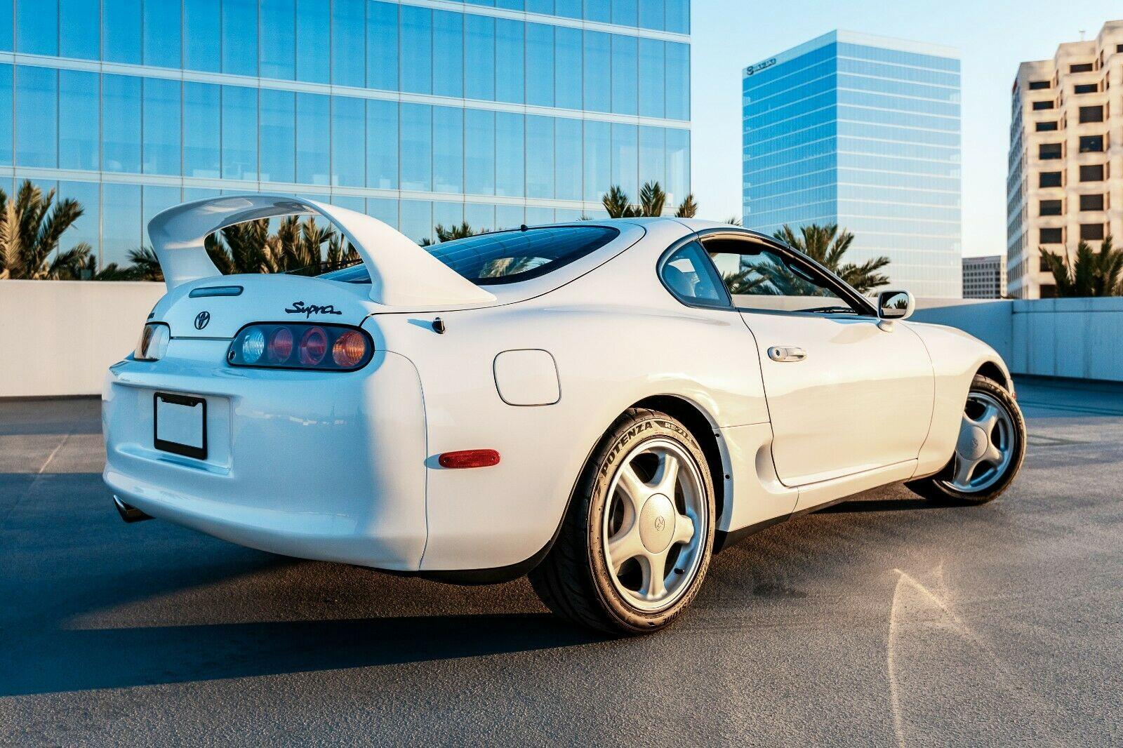 White-Toyota-Supra-1994-for-sale-4