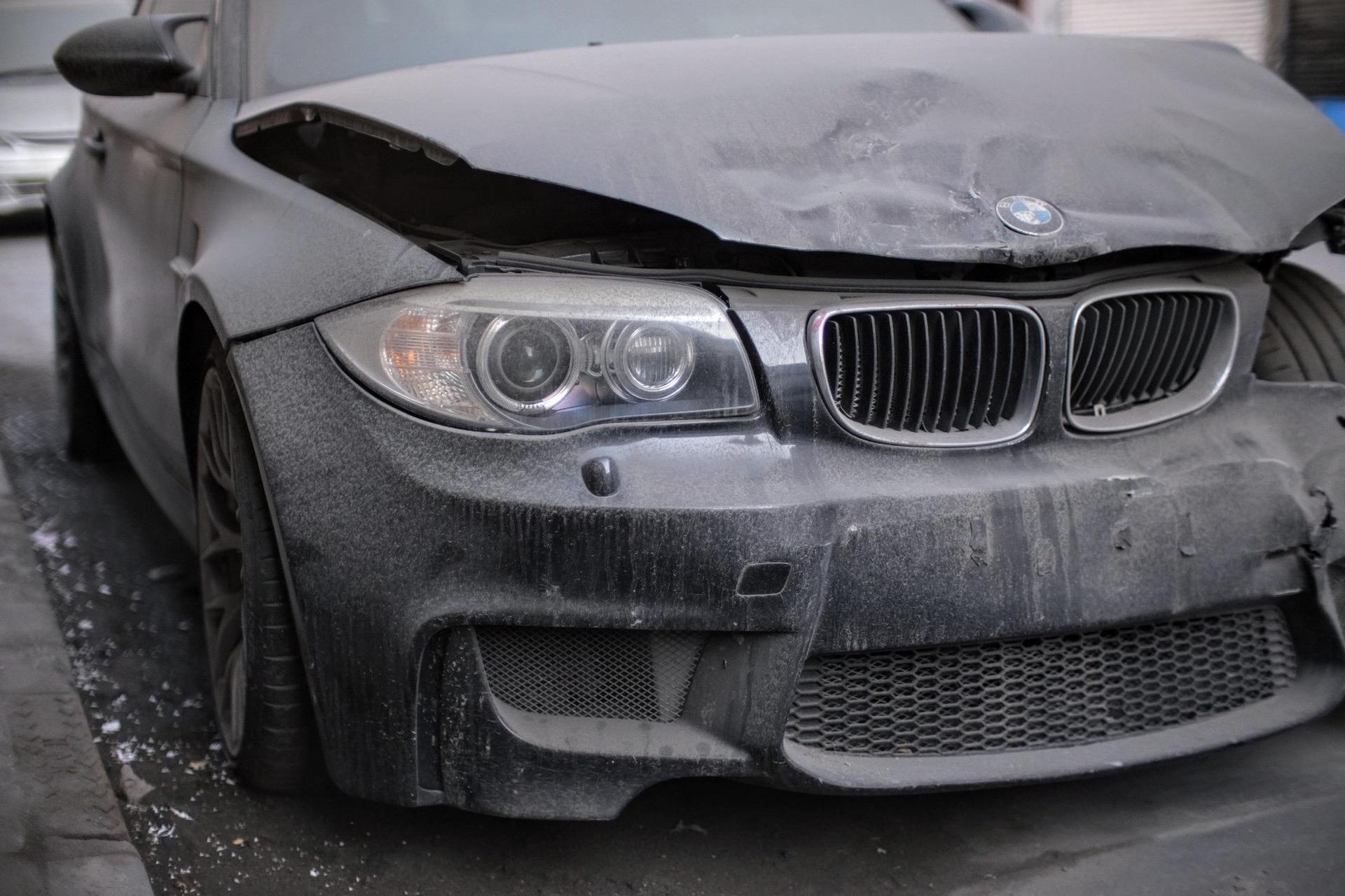 Wrecked_BMW_1M_Coupe_0002