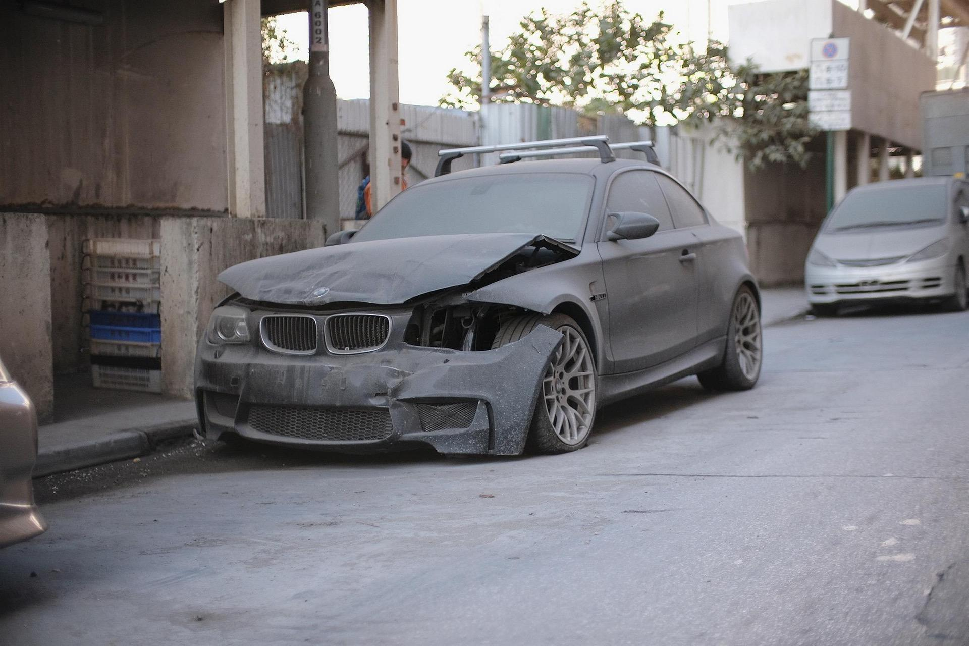 Wrecked_BMW_1M_Coupe_0006