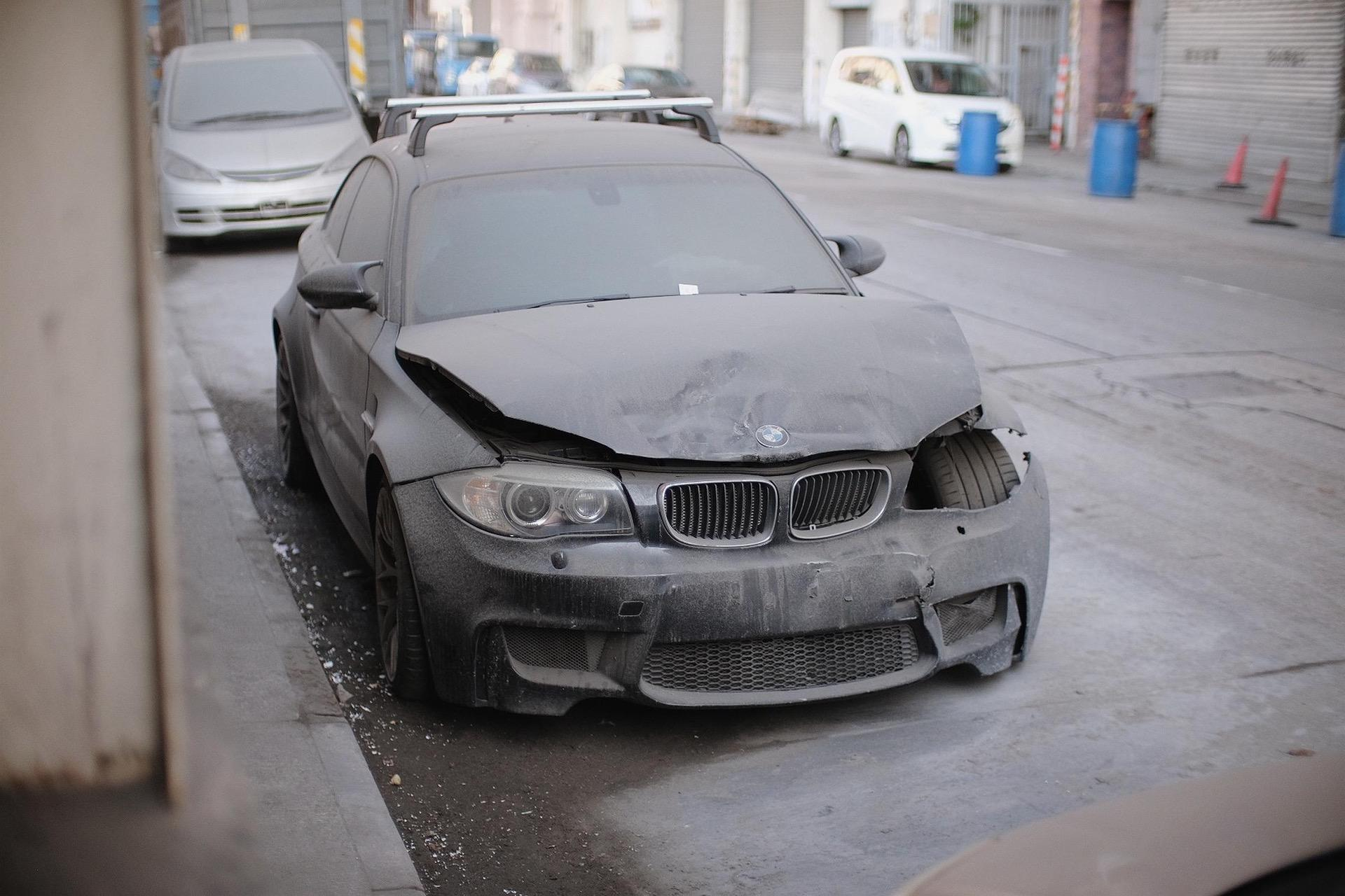 Wrecked_BMW_1M_Coupe_0008
