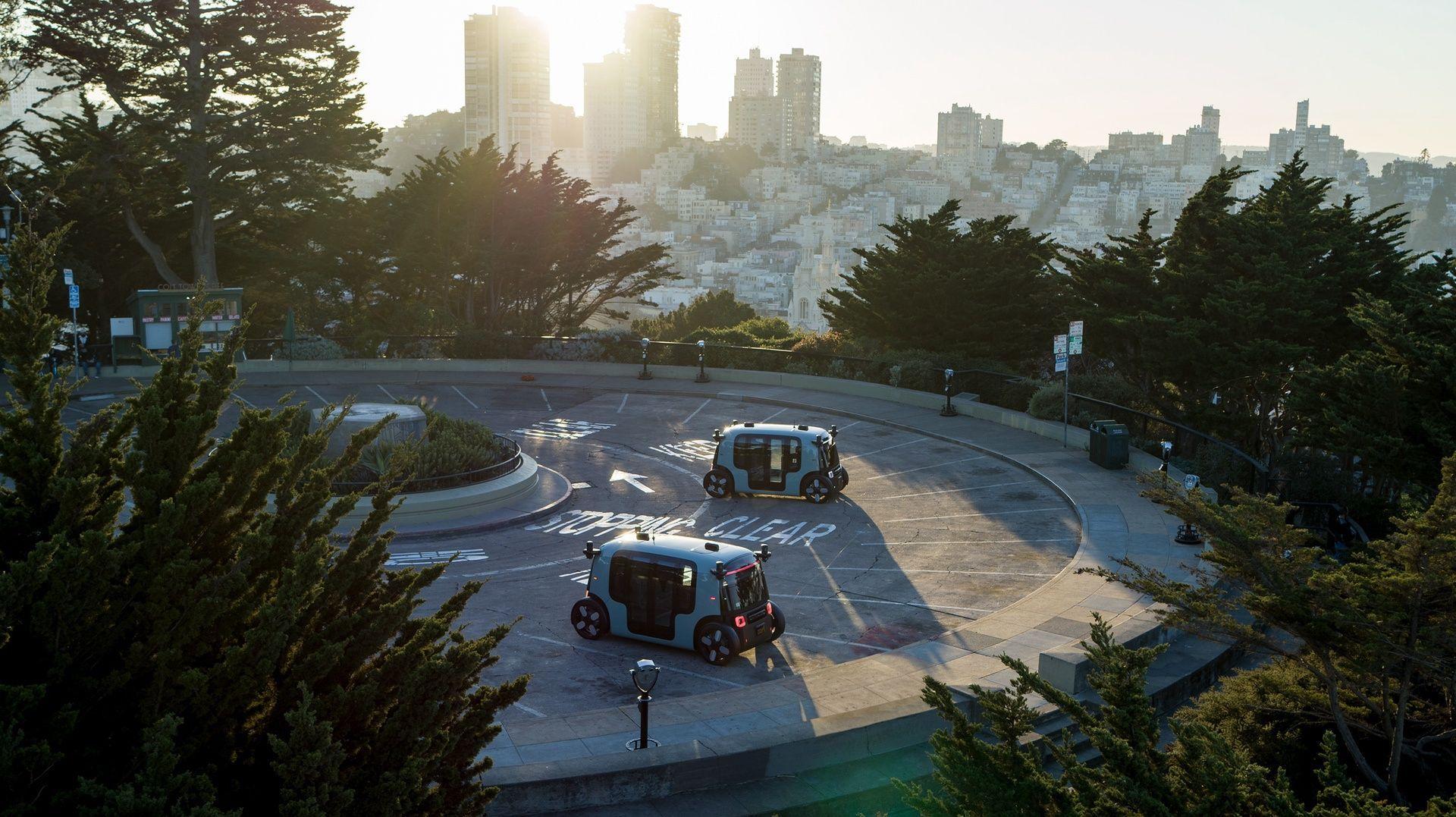 Zoox-Autonomous-Vehicle-Two-Vehicle-Coit-Tower-SF