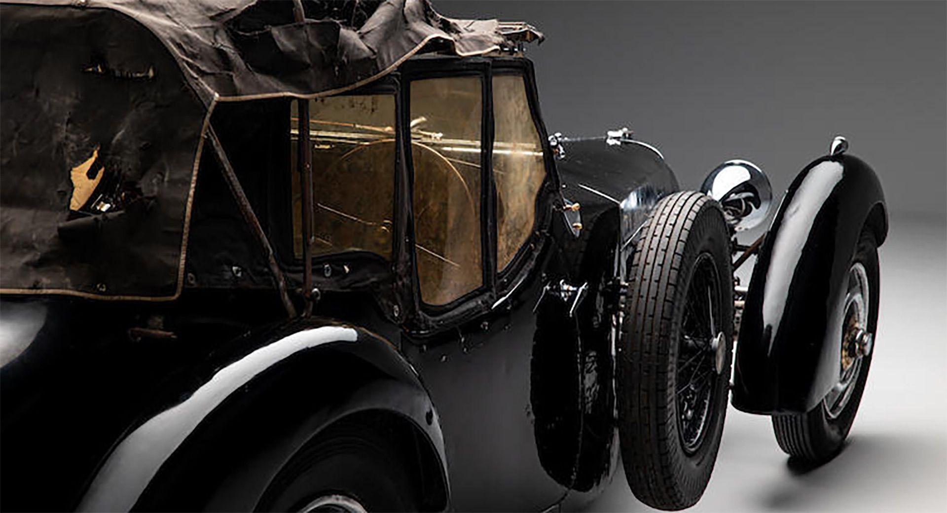 1937_Bugatti_Type_57S_sale_0019