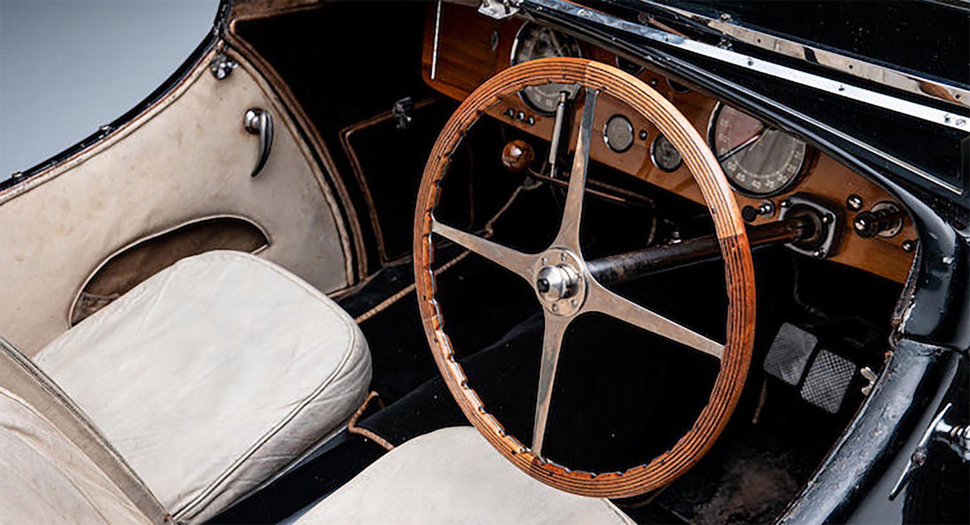 1937_Bugatti_Type_57S_sale_0024
