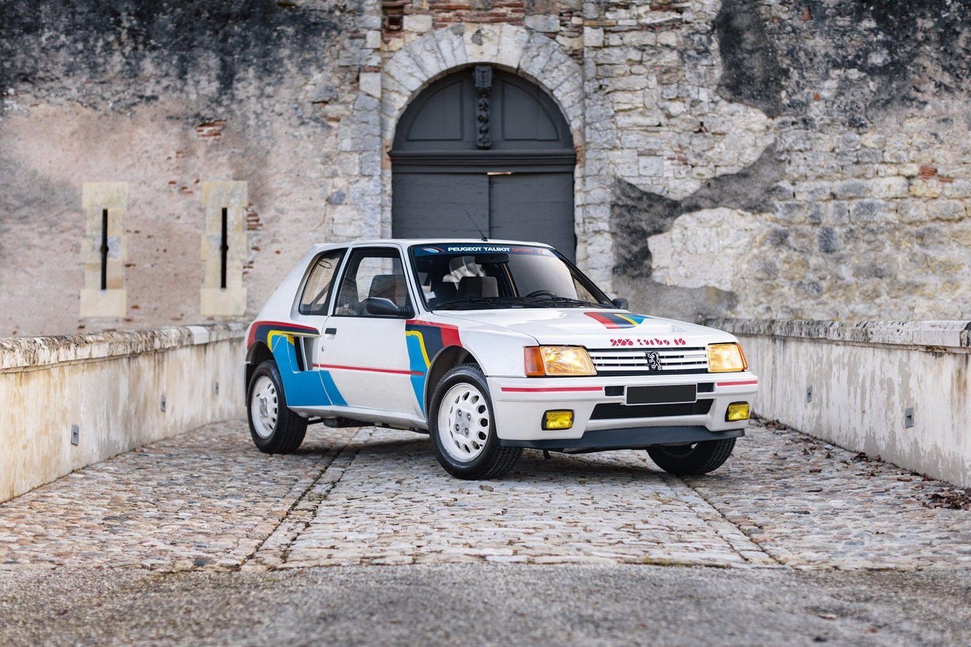 1985_Peugeot_205_T16_sale-0000