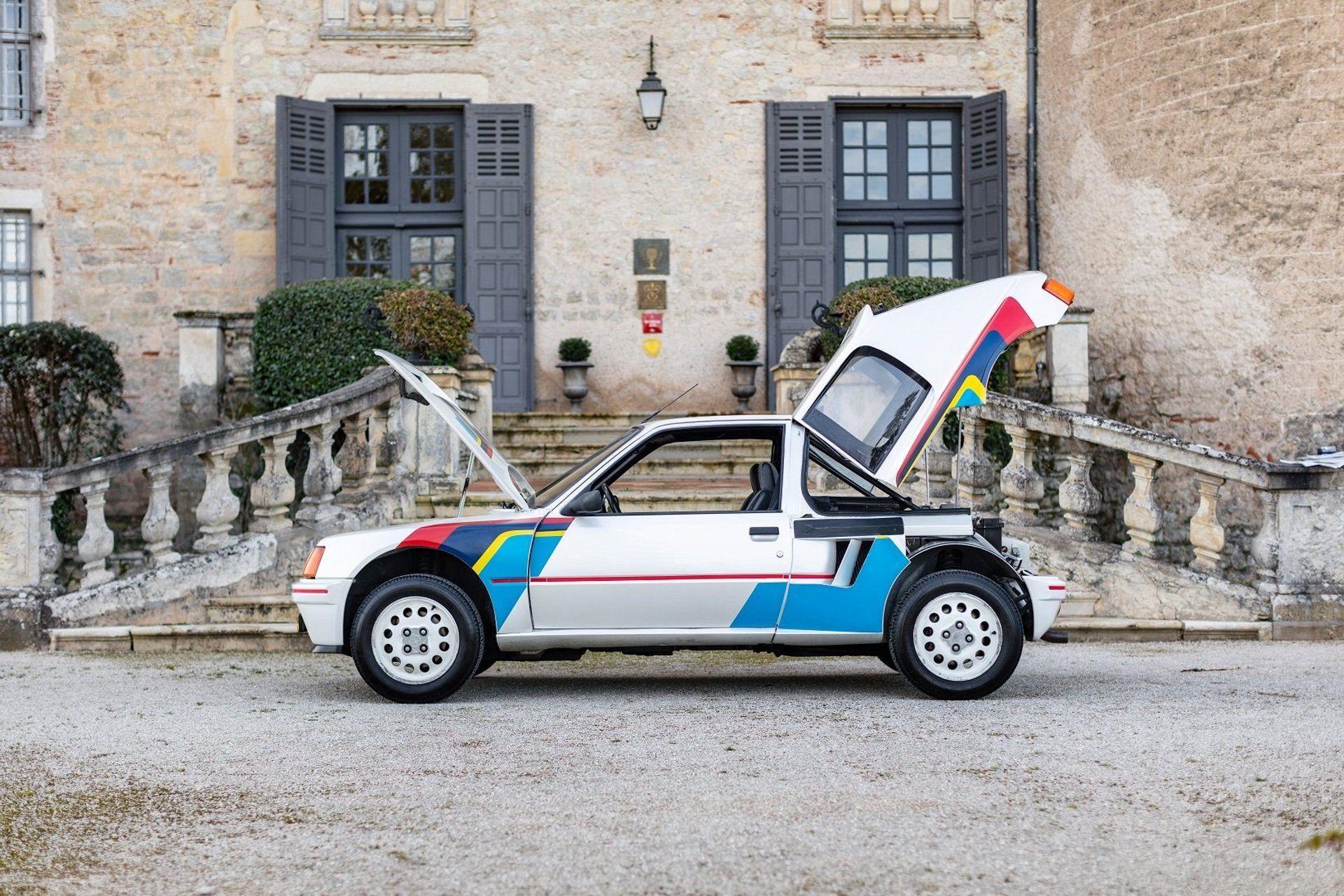1985_Peugeot_205_T16_sale-0002