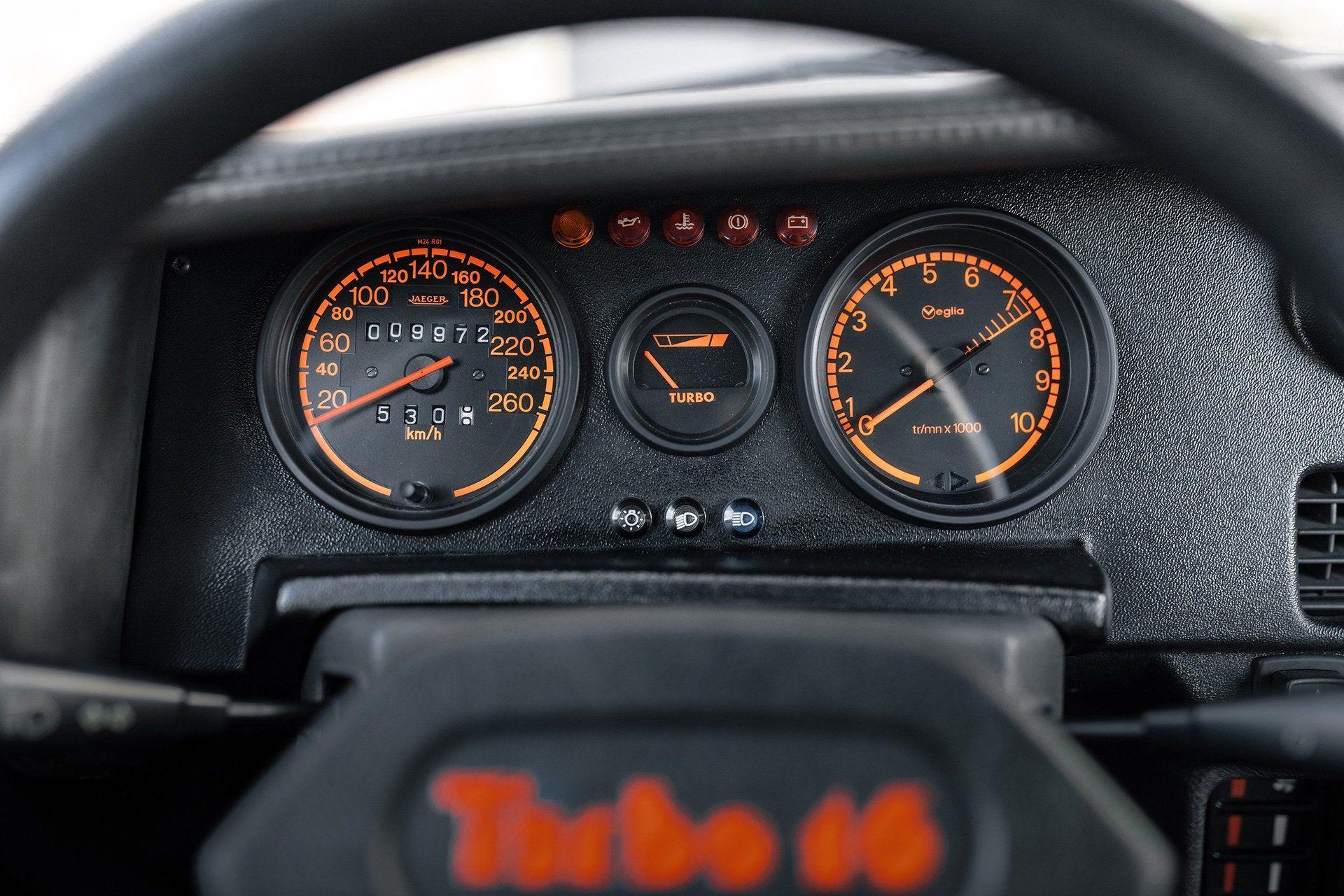 1985_Peugeot_205_T16_sale-0006