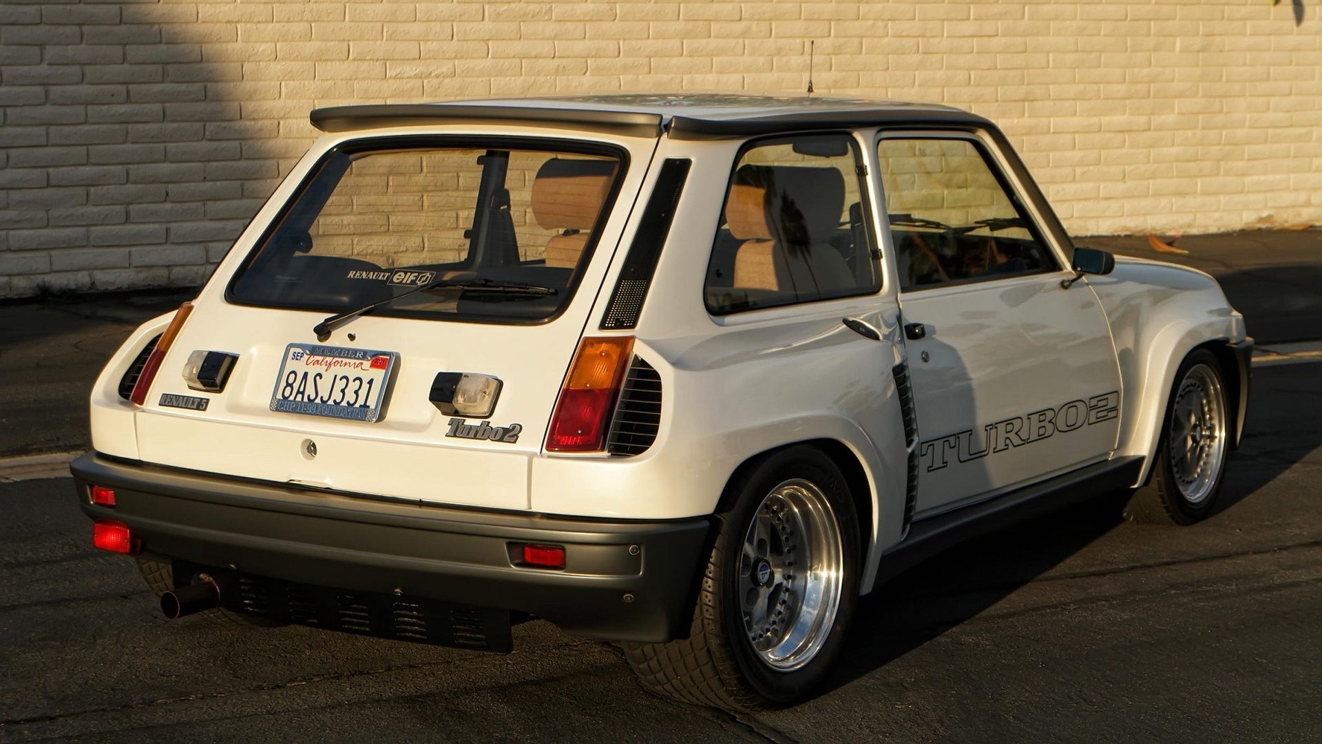 1985_Renault_R5_Turbo_2_rotary-0002