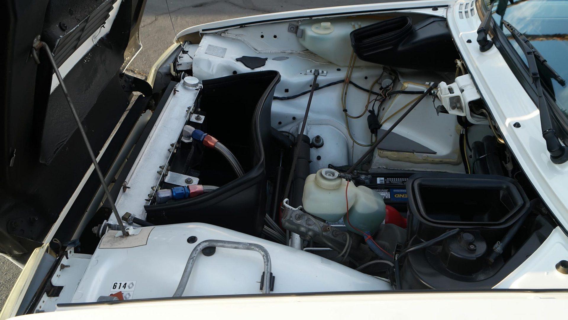 1985_Renault_R5_Turbo_2_rotary-0014