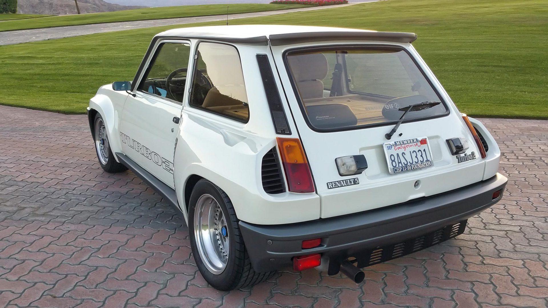 1985_Renault_R5_Turbo_2_rotary-0015