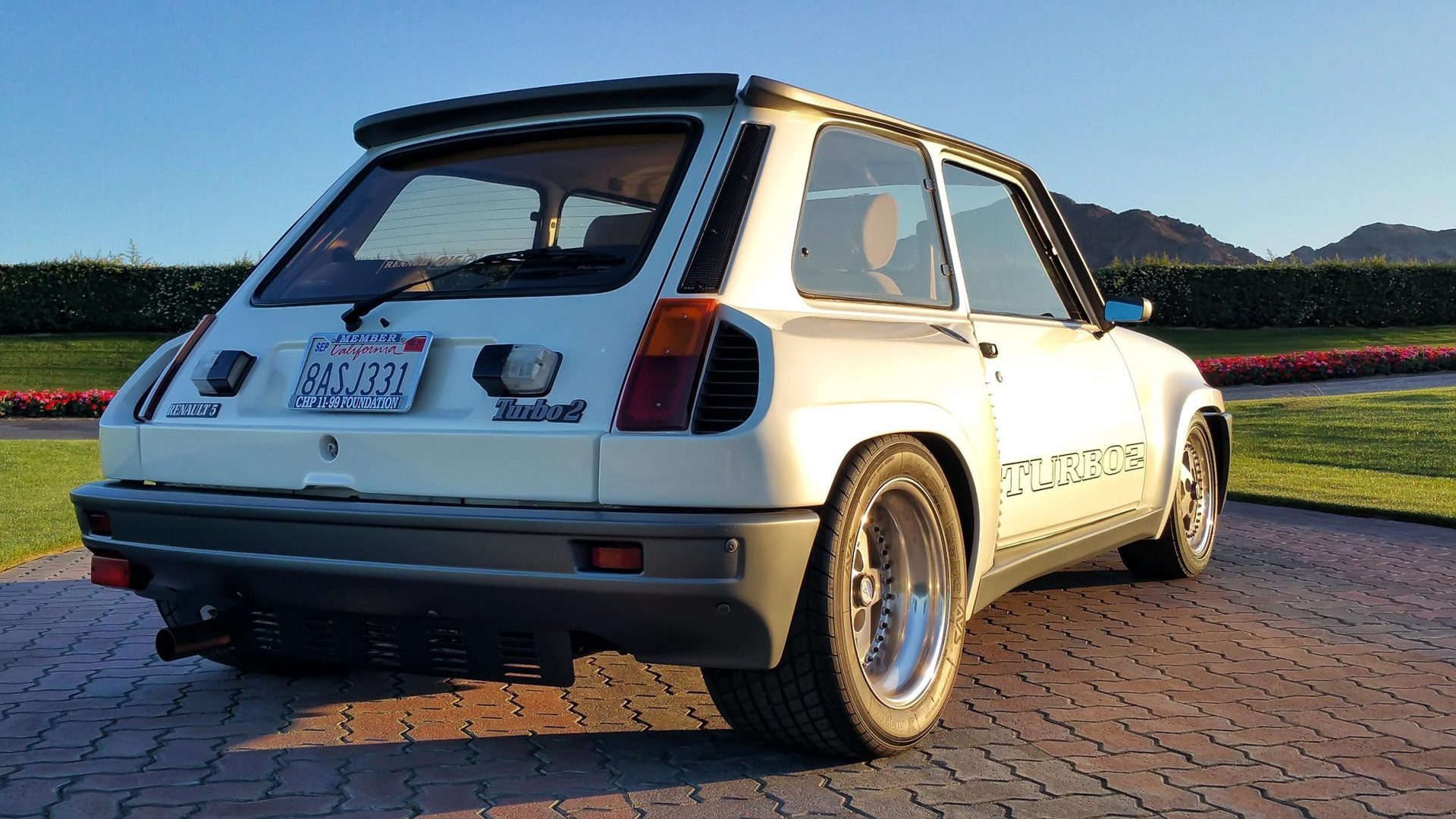1985_Renault_R5_Turbo_2_rotary-0040