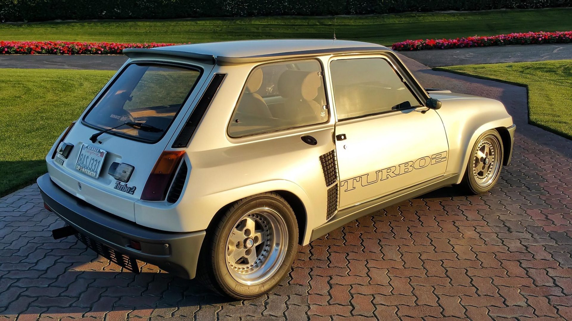 1985_Renault_R5_Turbo_2_rotary-0061