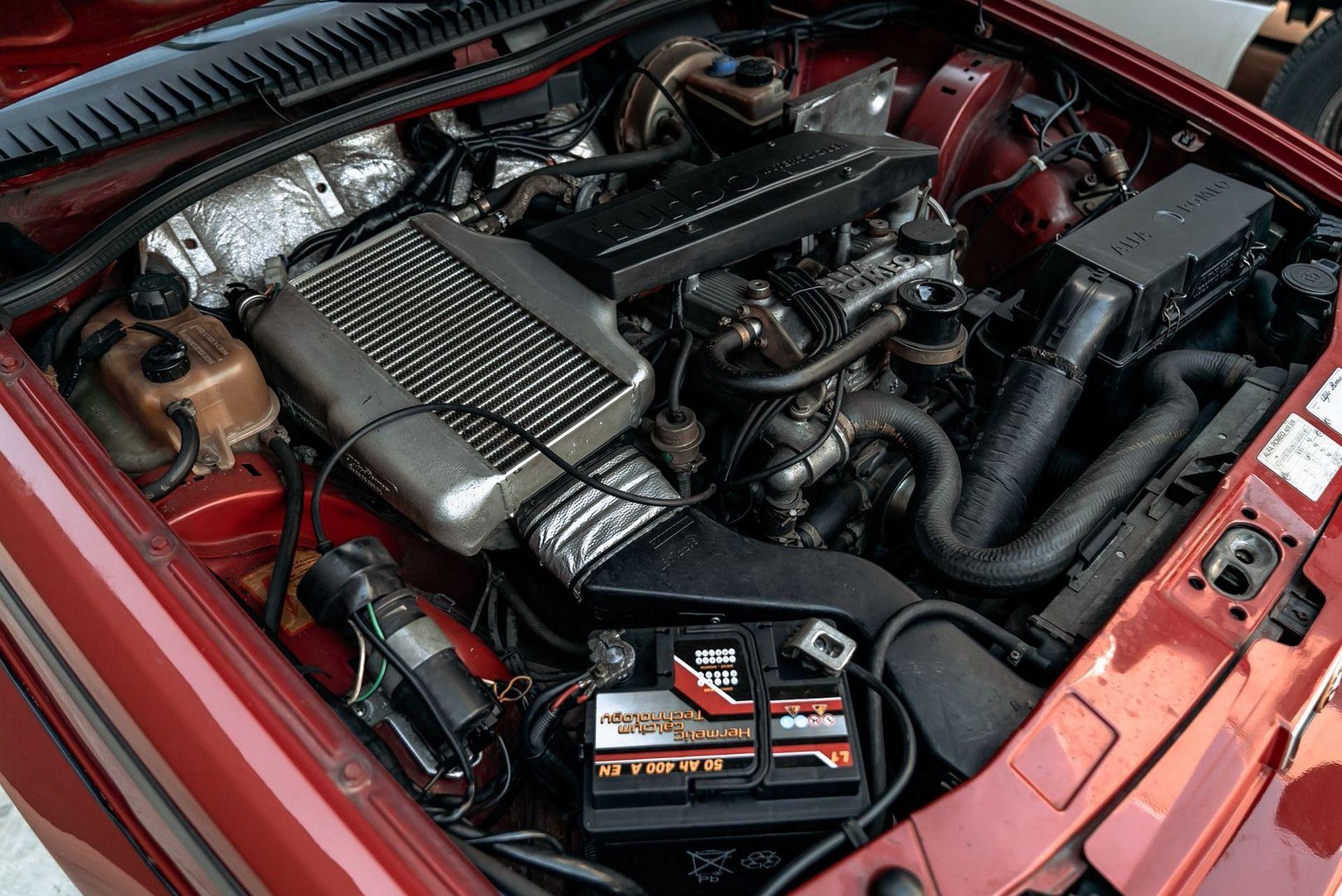 1987_Alfa_Romeo_75_Turbo_Evoluzione_sale-0002