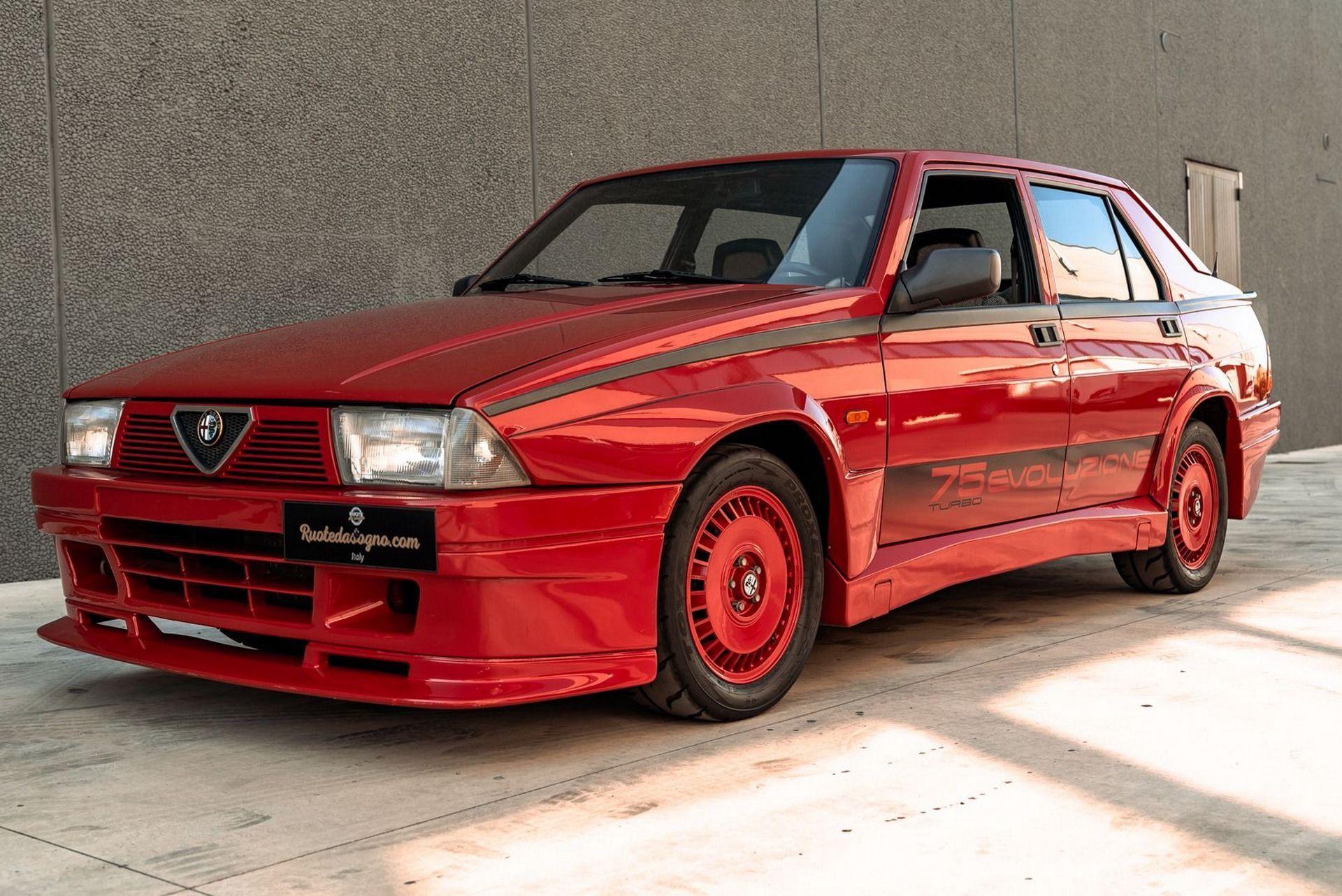 1987_Alfa_Romeo_75_Turbo_Evoluzione_sale-0007