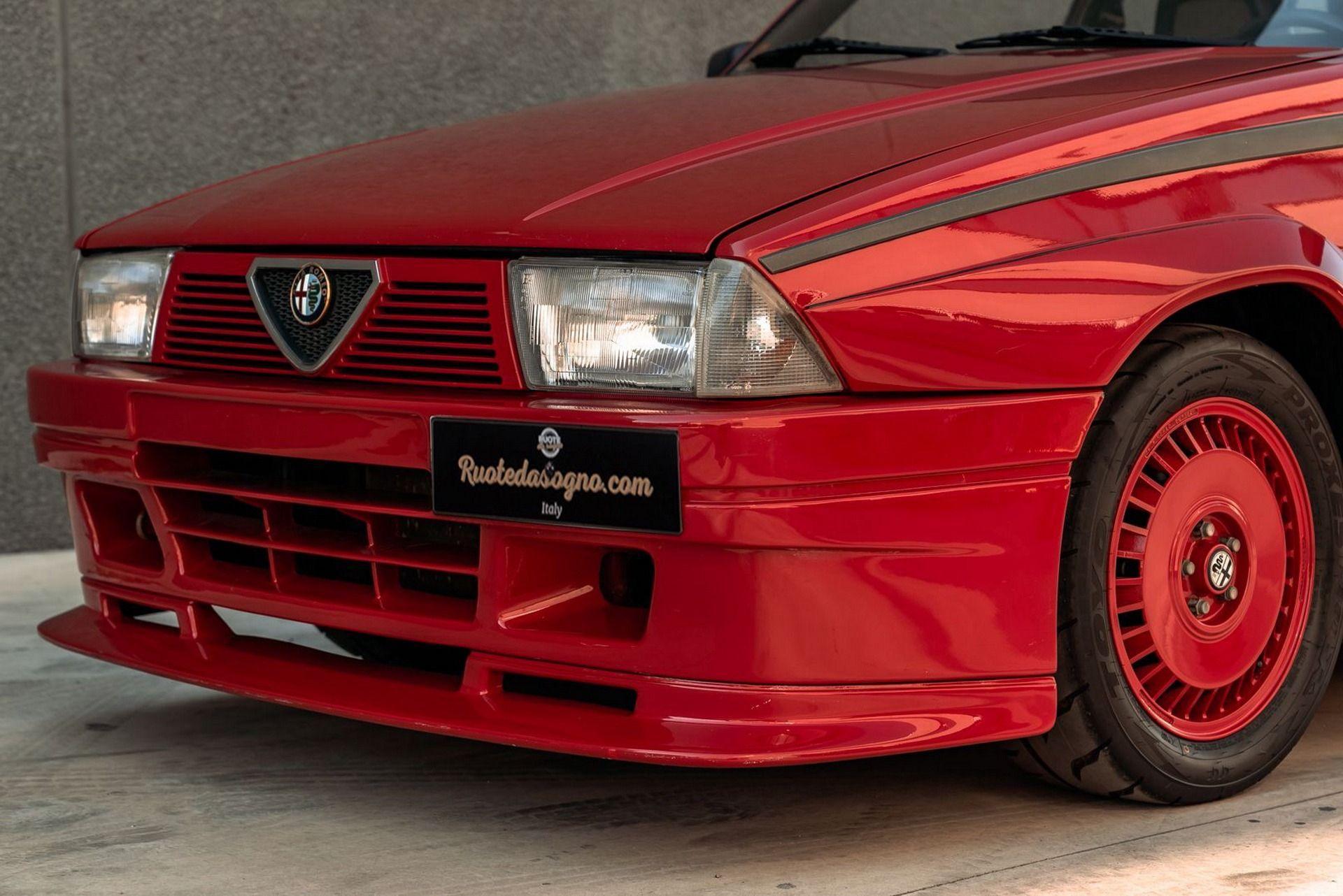 1987_Alfa_Romeo_75_Turbo_Evoluzione_sale-0008