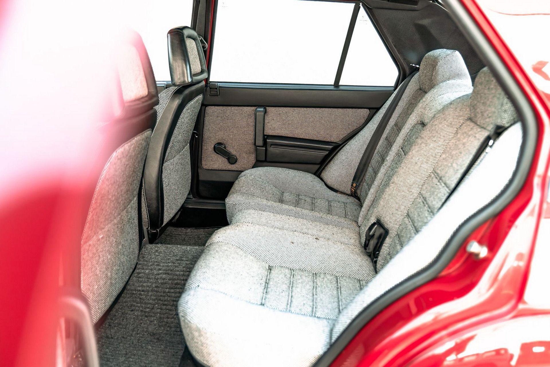 1987_Alfa_Romeo_75_Turbo_Evoluzione_sale-0023