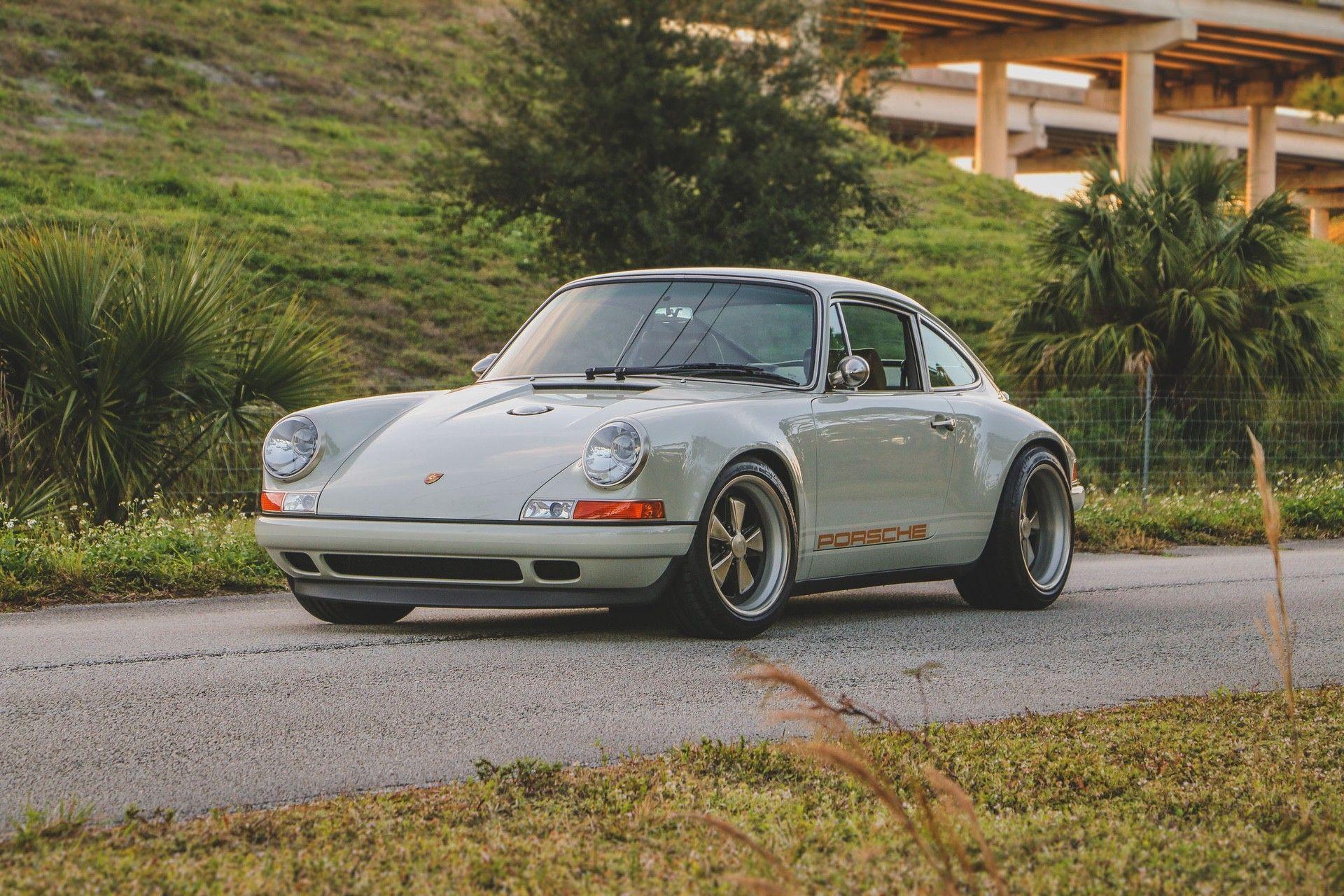 1989_Porsche_911_Reimagined_by_Singer-0000