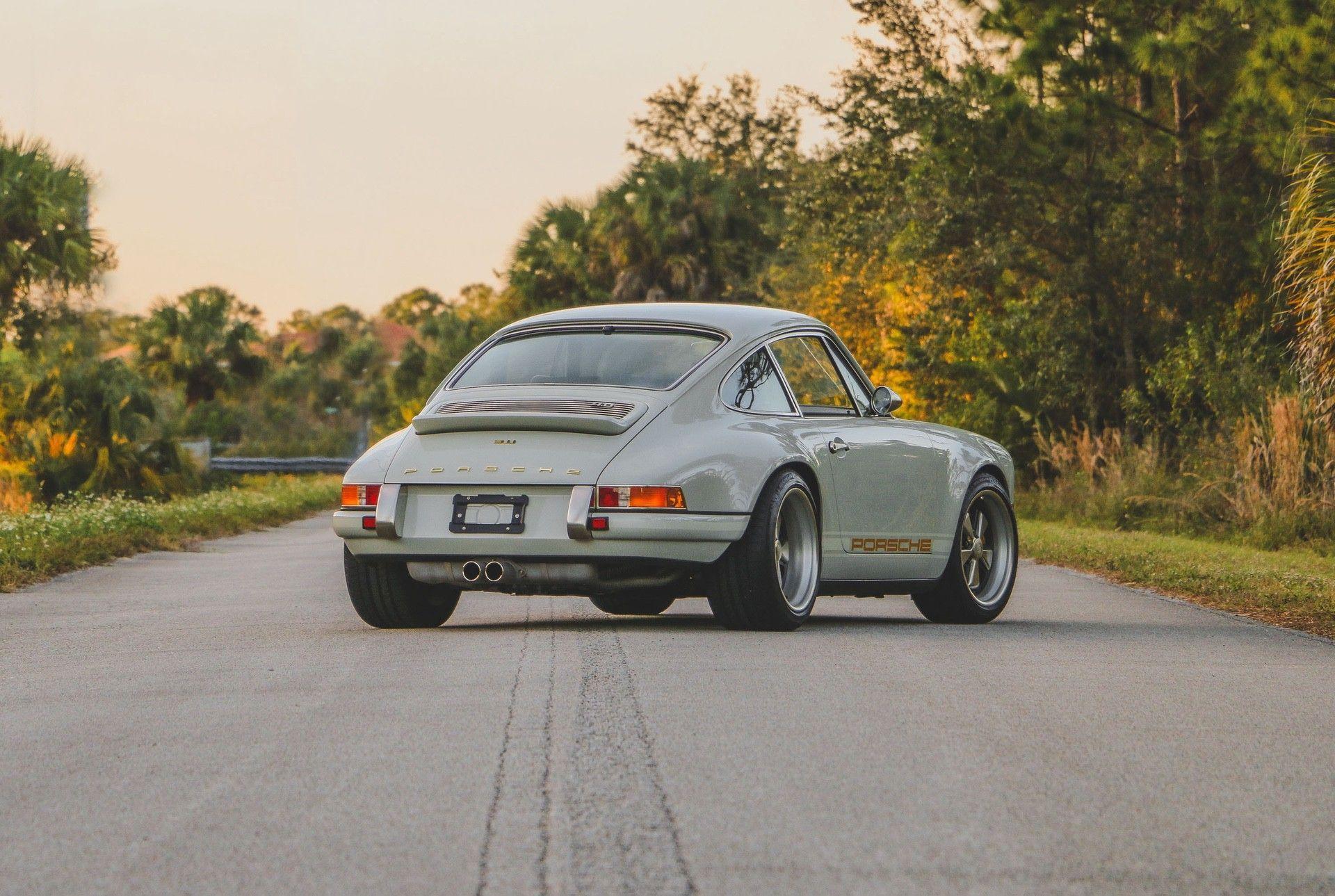 1989_Porsche_911_Reimagined_by_Singer-0001