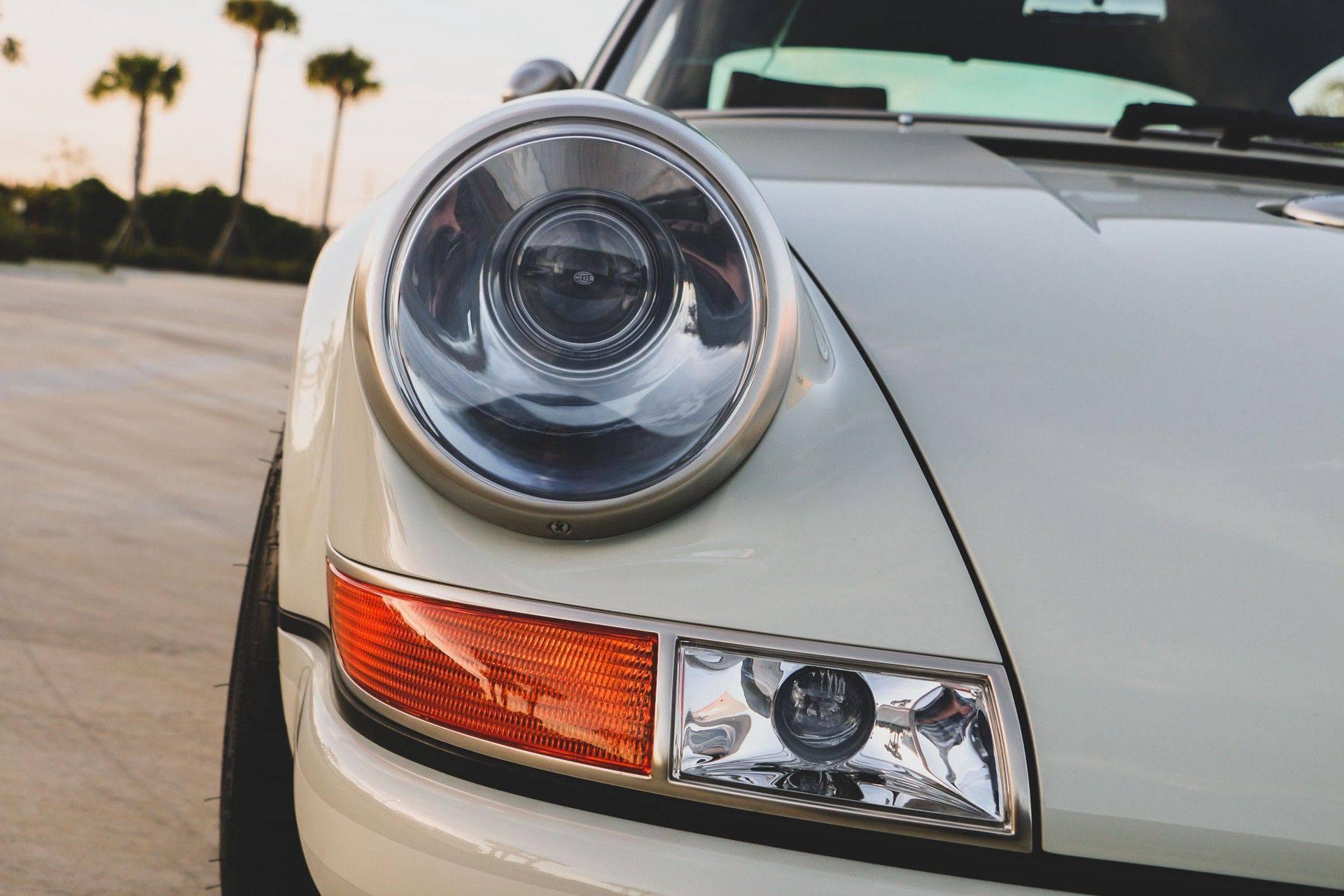 1989_Porsche_911_Reimagined_by_Singer-0015