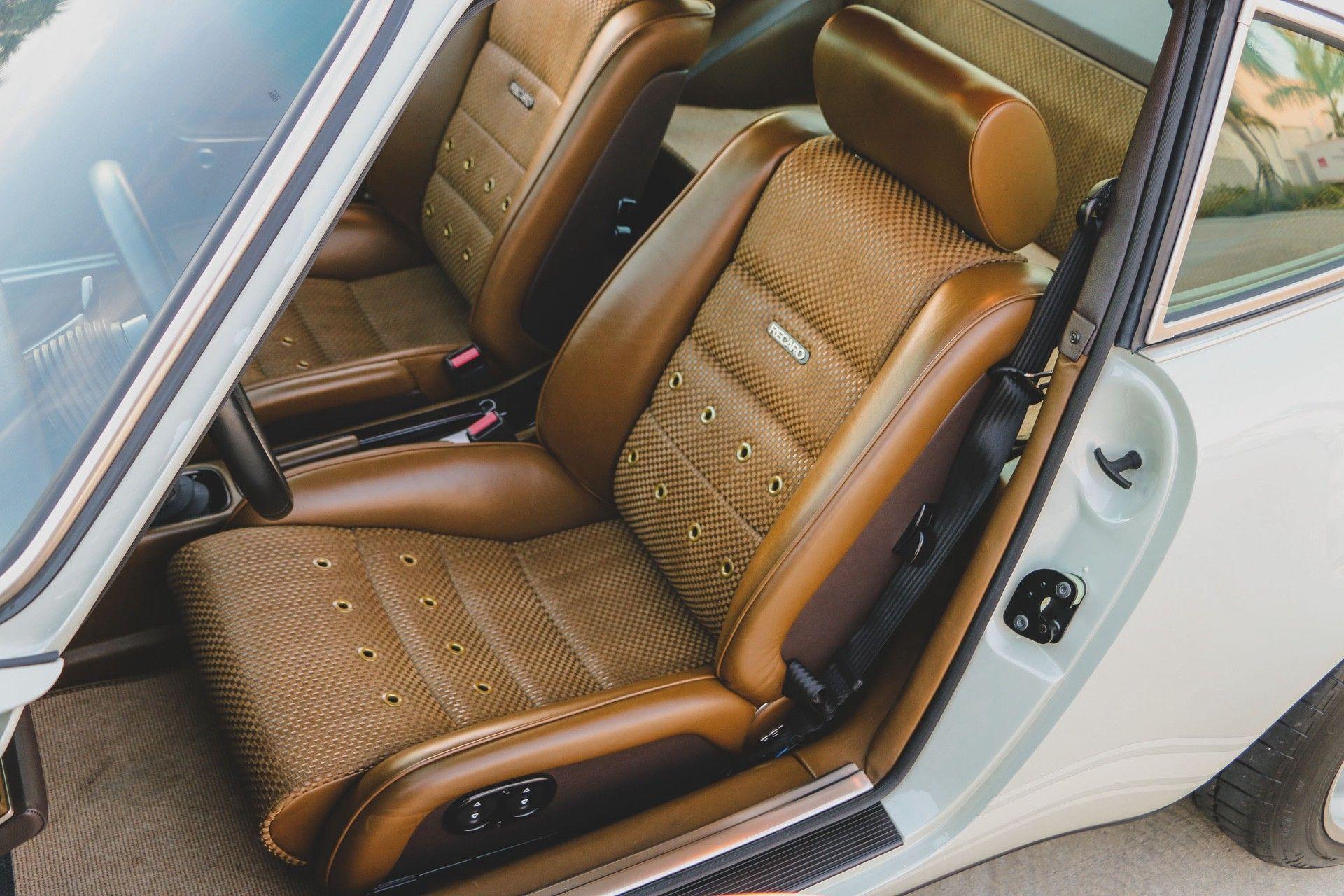 1989_Porsche_911_Reimagined_by_Singer-0021