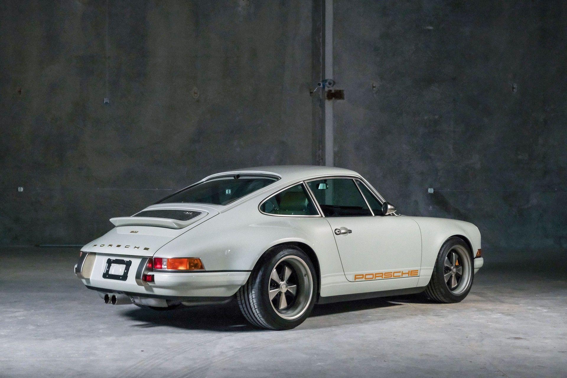 1989_Porsche_911_Reimagined_by_Singer-0046