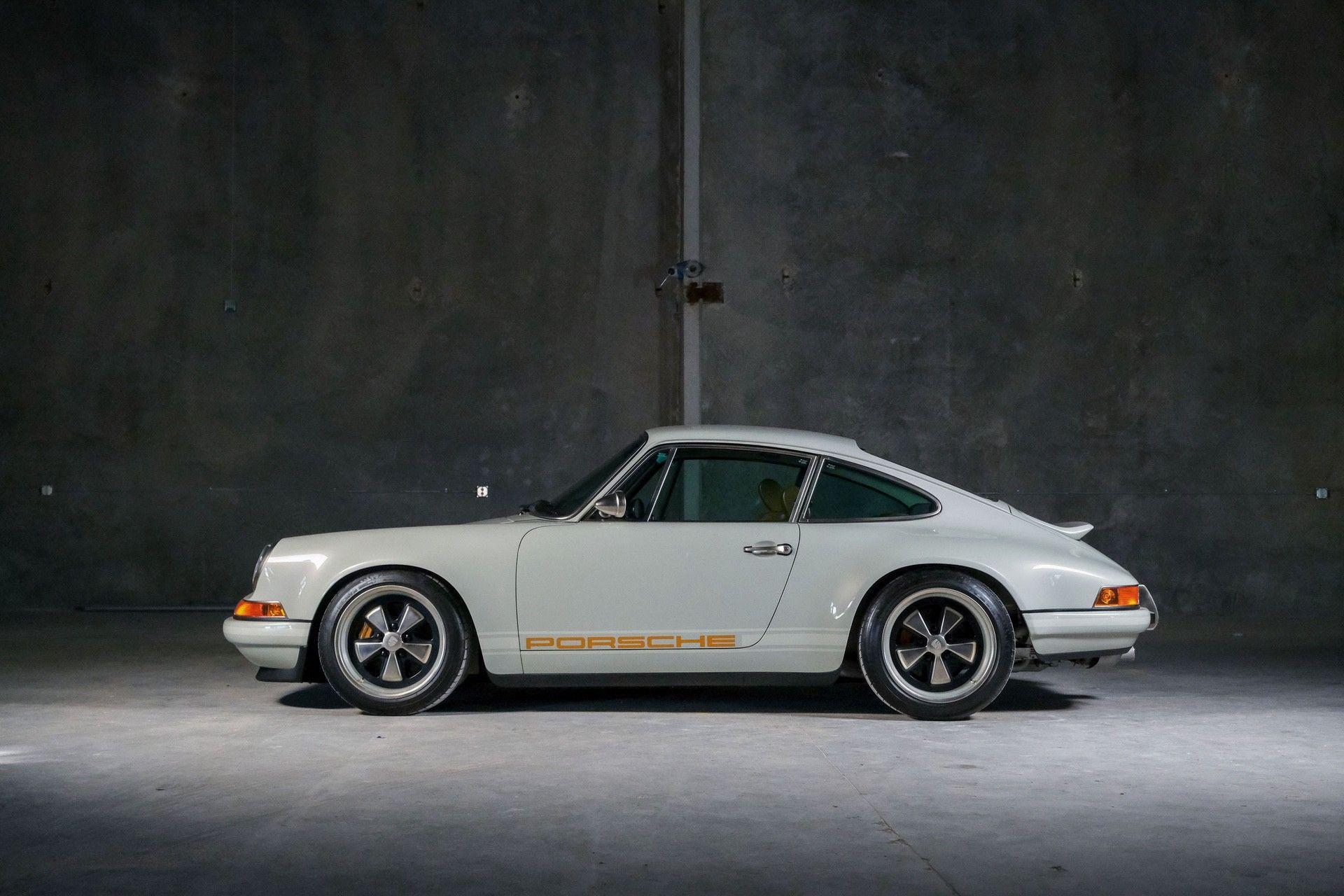 1989_Porsche_911_Reimagined_by_Singer-0050