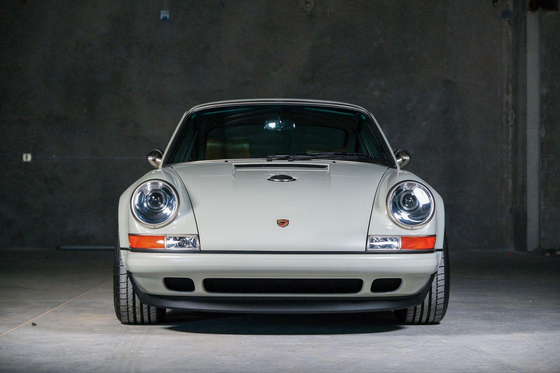 1989_Porsche_911_Reimagined_by_Singer-0051