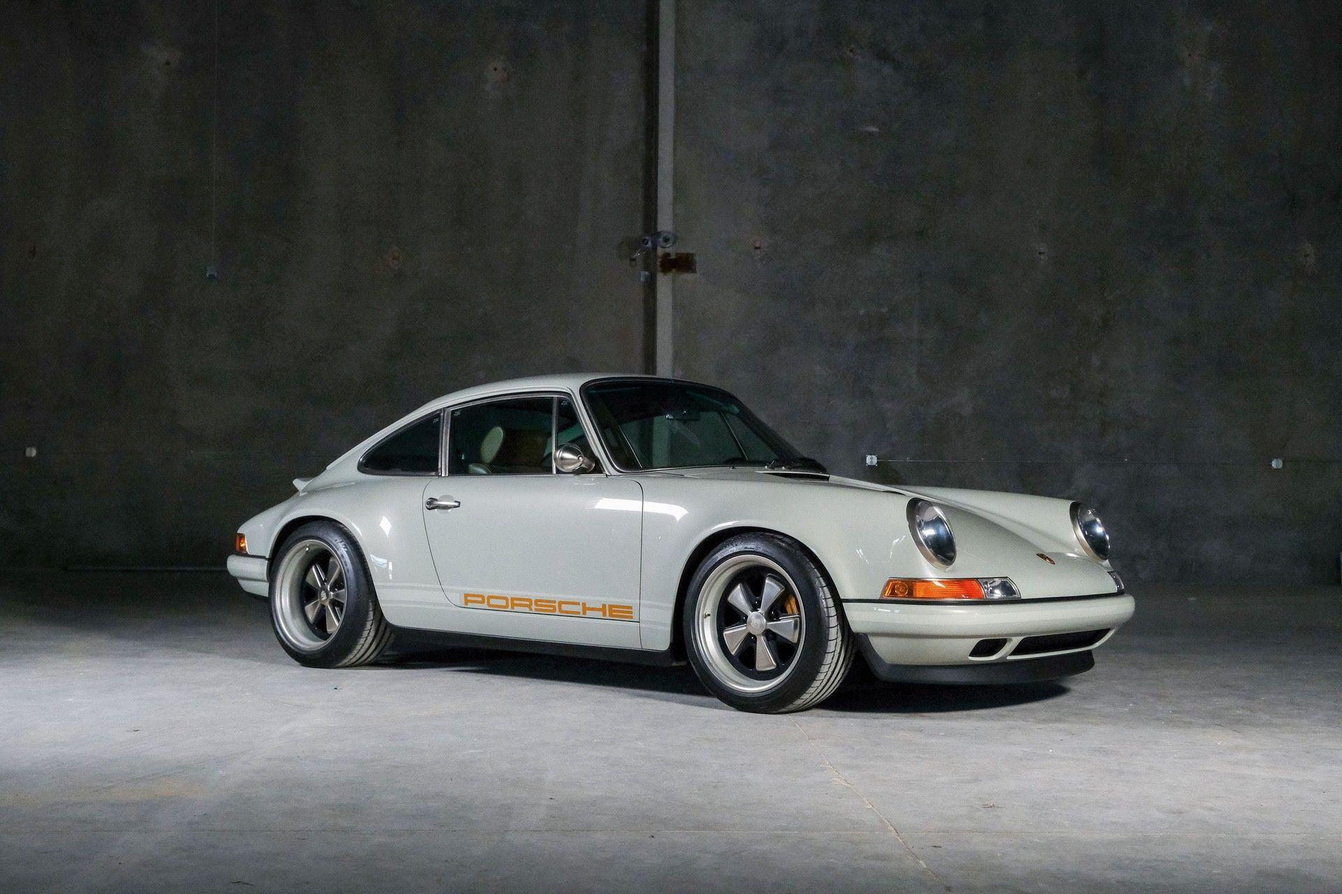 1989_Porsche_911_Reimagined_by_Singer-0053