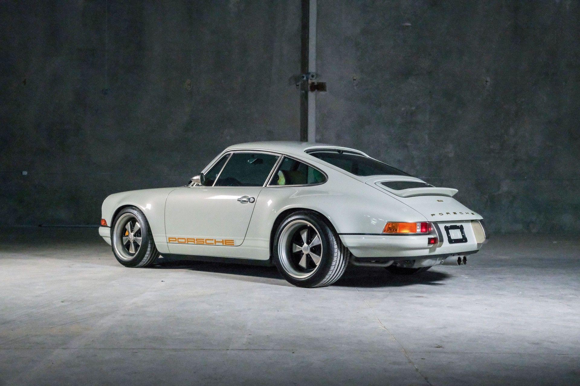 1989_Porsche_911_Reimagined_by_Singer-0054