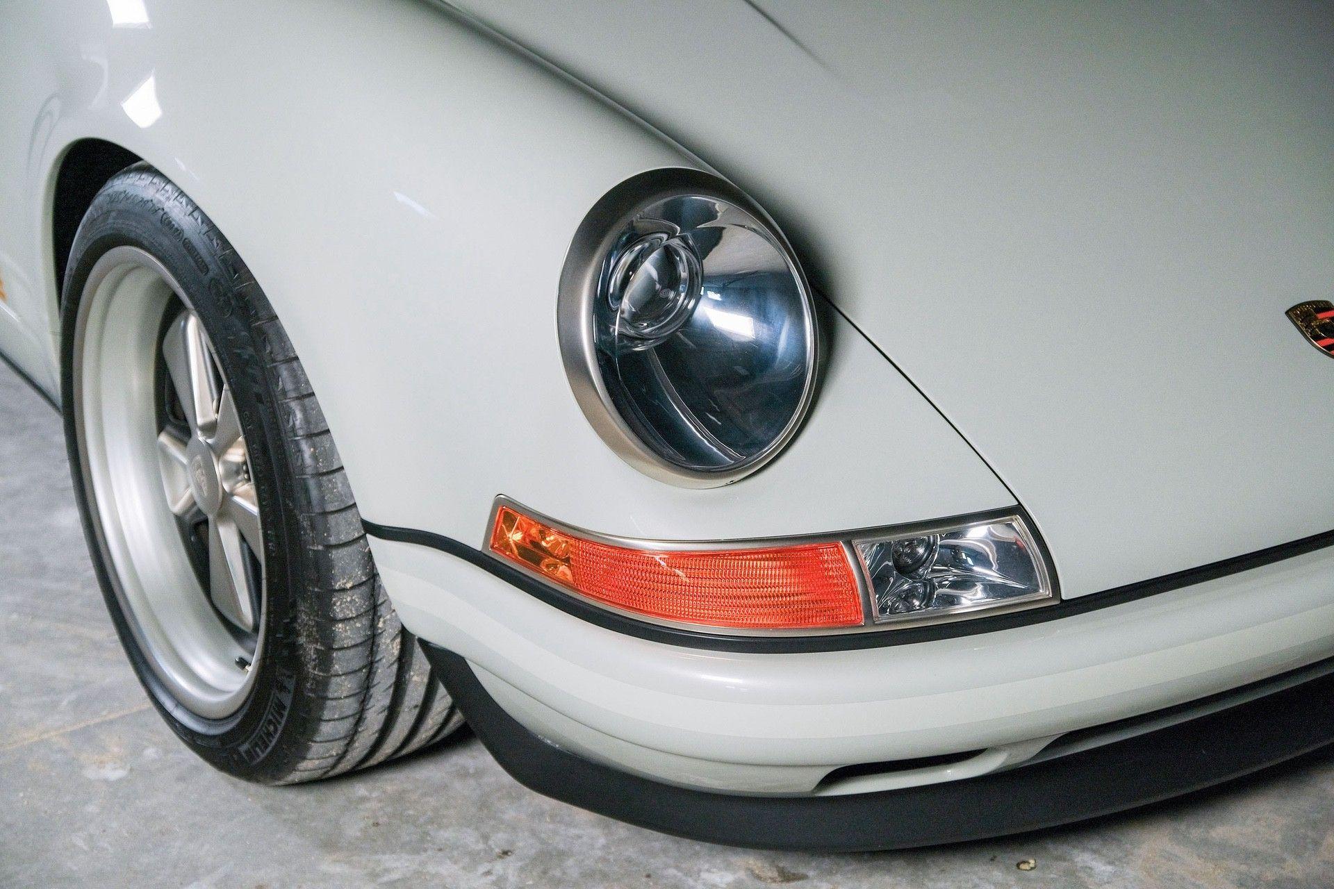 1989_Porsche_911_Reimagined_by_Singer-0056